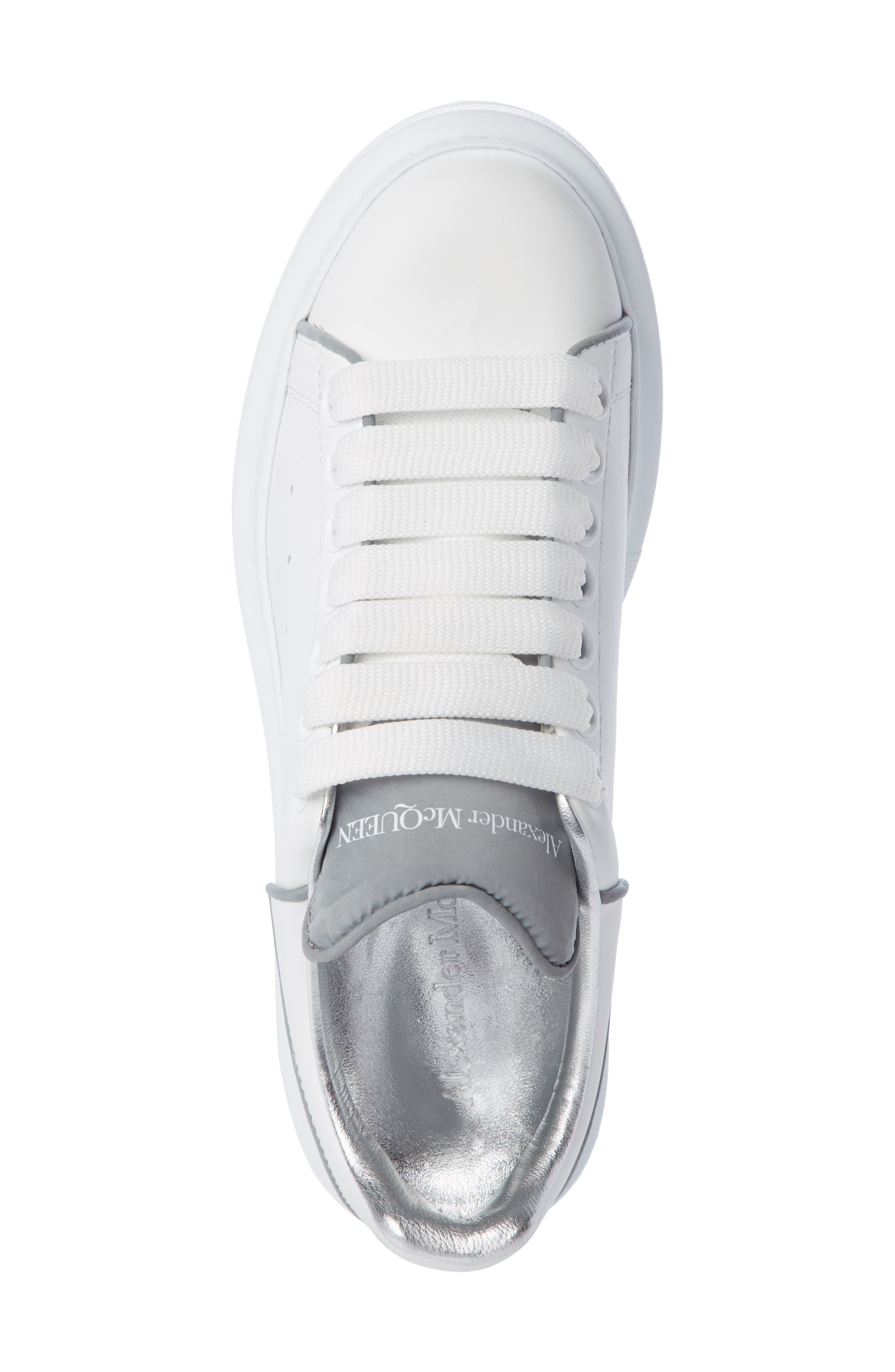 ALEXANDER MCQUEEN,                             Sneaker,                             Alternate thumbnail 4, color,                             WHITE/ SILVER PIPING