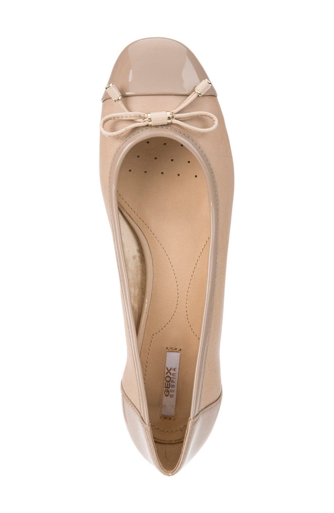 Wistrey Flat,                             Alternate thumbnail 3, color,                             TAUPE LEATHER