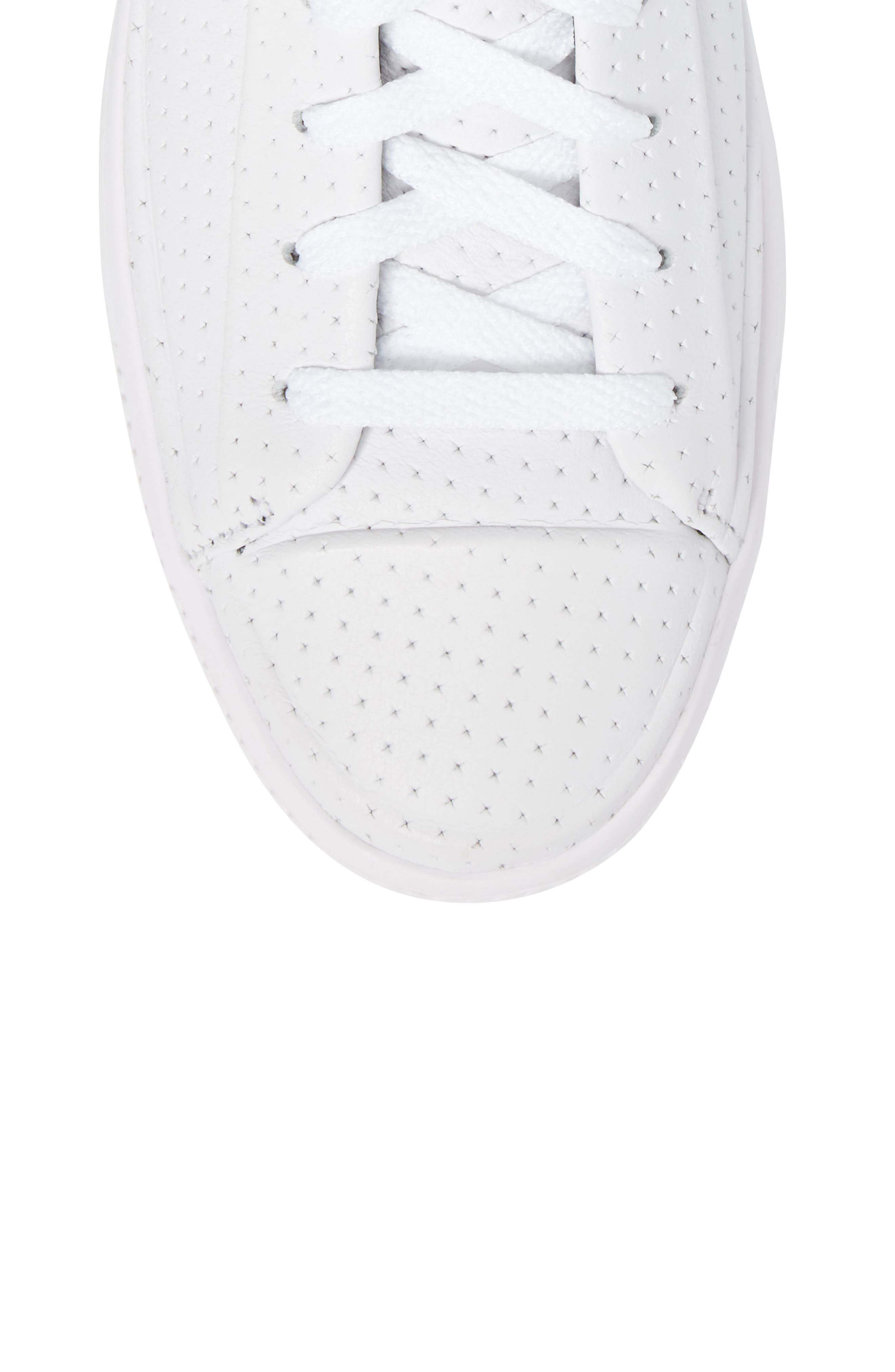 Chuck Taylor<sup>®</sup> All-Star<sup>®</sup> Leather Sneaker,                             Alternate thumbnail 5, color,                             100