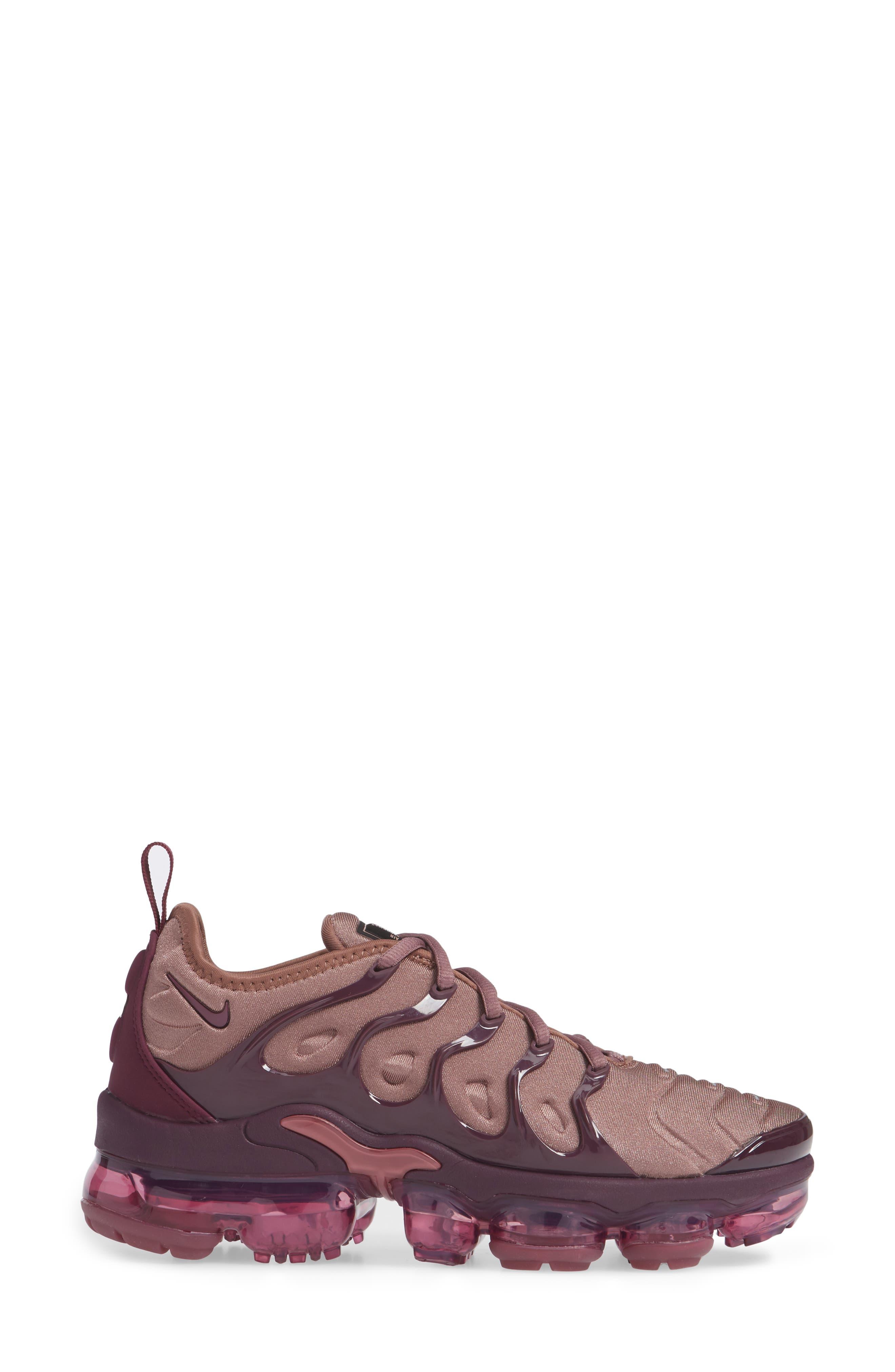 Air VaporMax Plus Sneaker,                             Alternate thumbnail 3, color,                             MAUVE/ BORDEAUX/ WINE/ BLACK