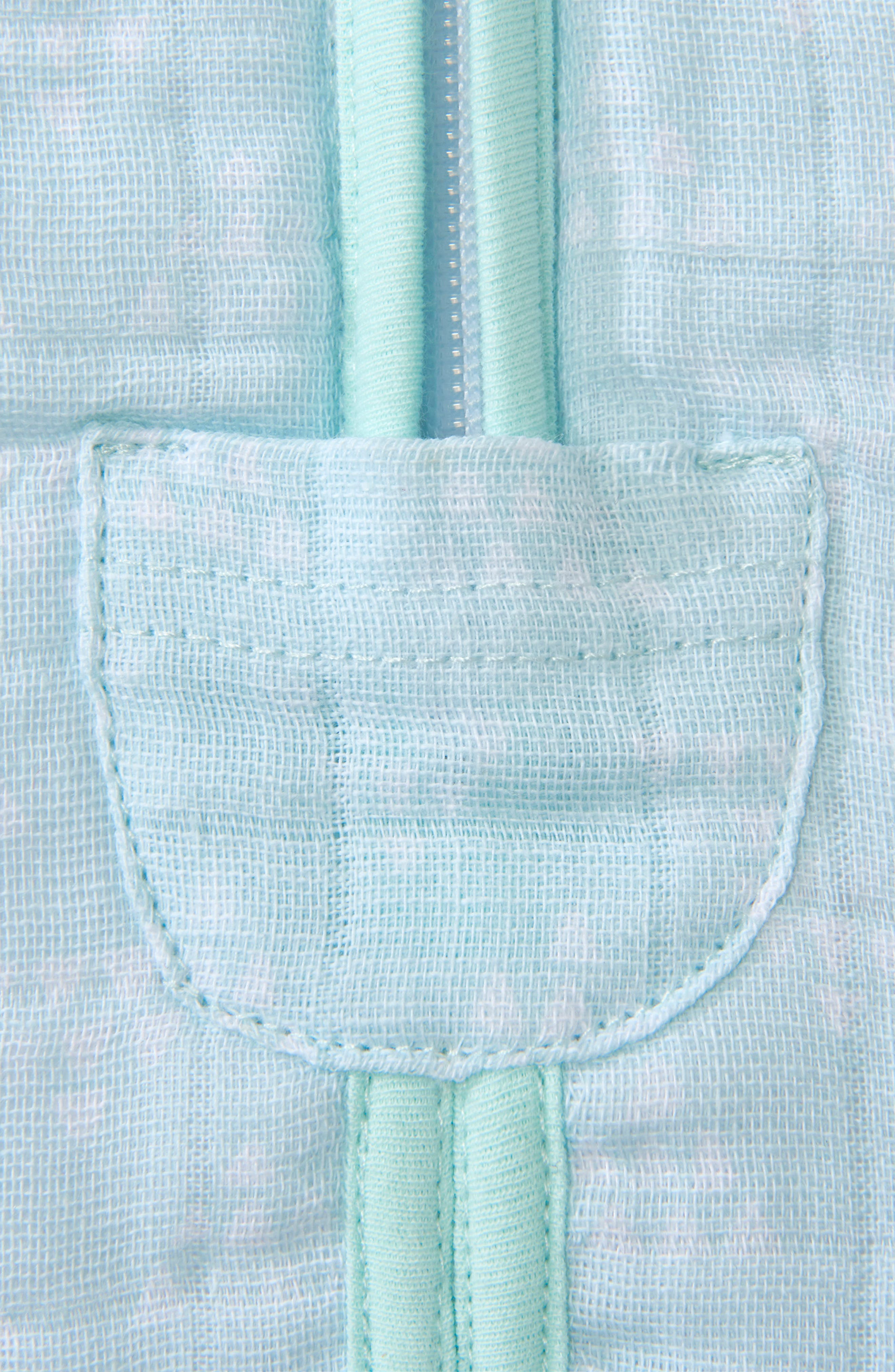 Platinum Series SleepSack<sup>™</sup> Quilted Muslin Wearable Blanket,                             Alternate thumbnail 4, color,                             MINT PYRAMID