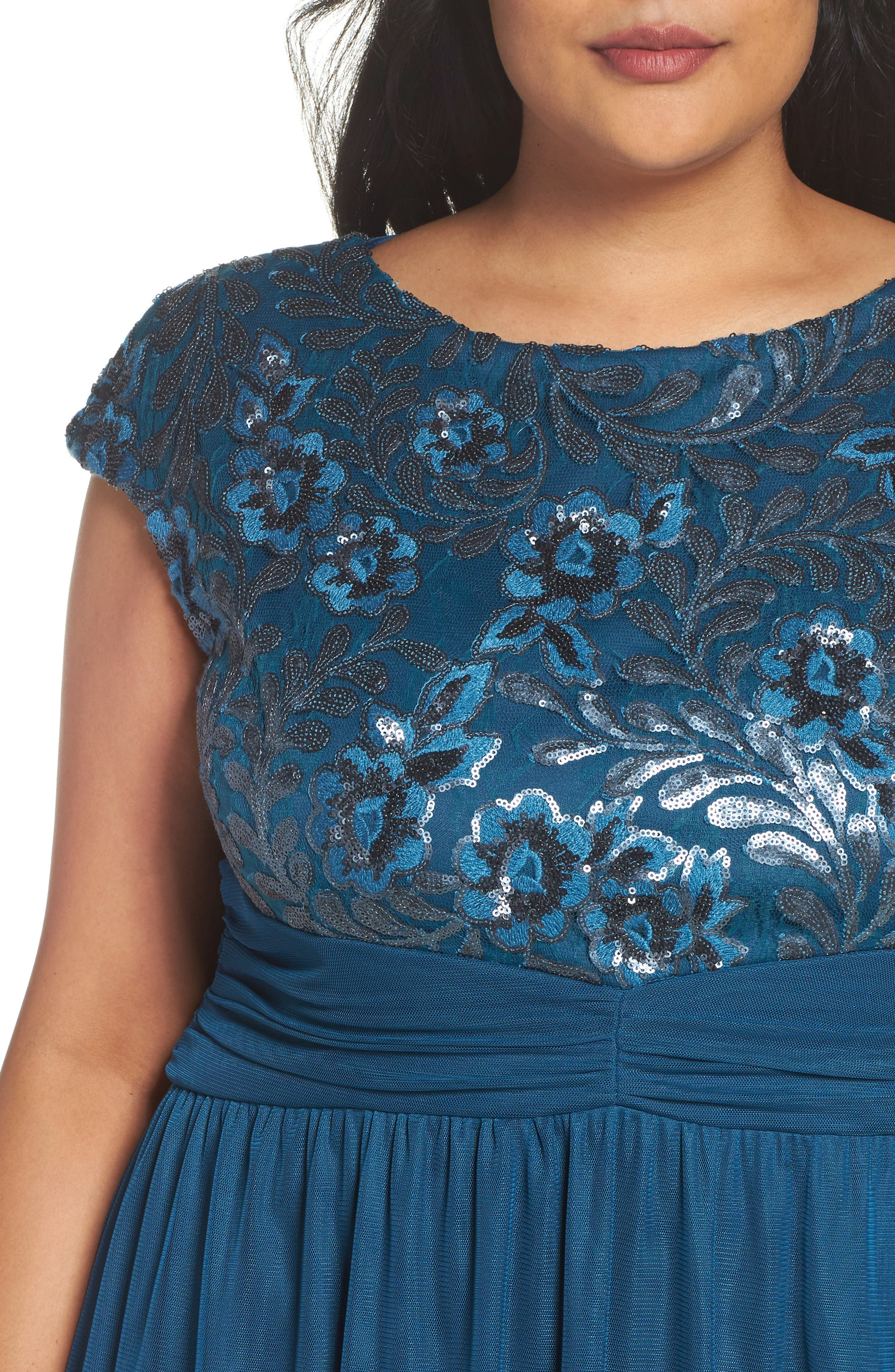 Embellished Cap Sleeve Gown,                             Alternate thumbnail 4, color,                             TEAL