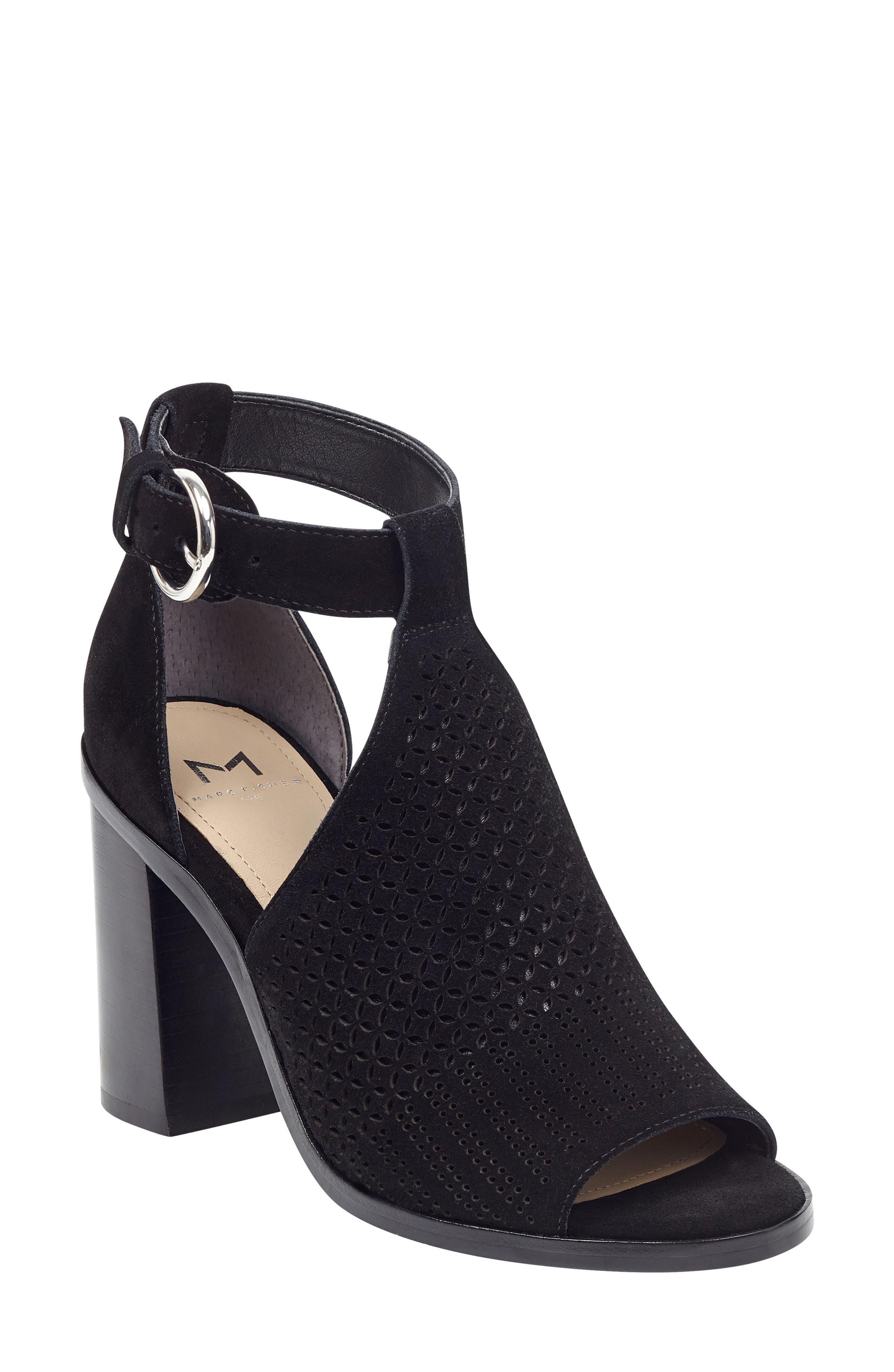 Marc Fisher Ltd Vixen Sandal- Black
