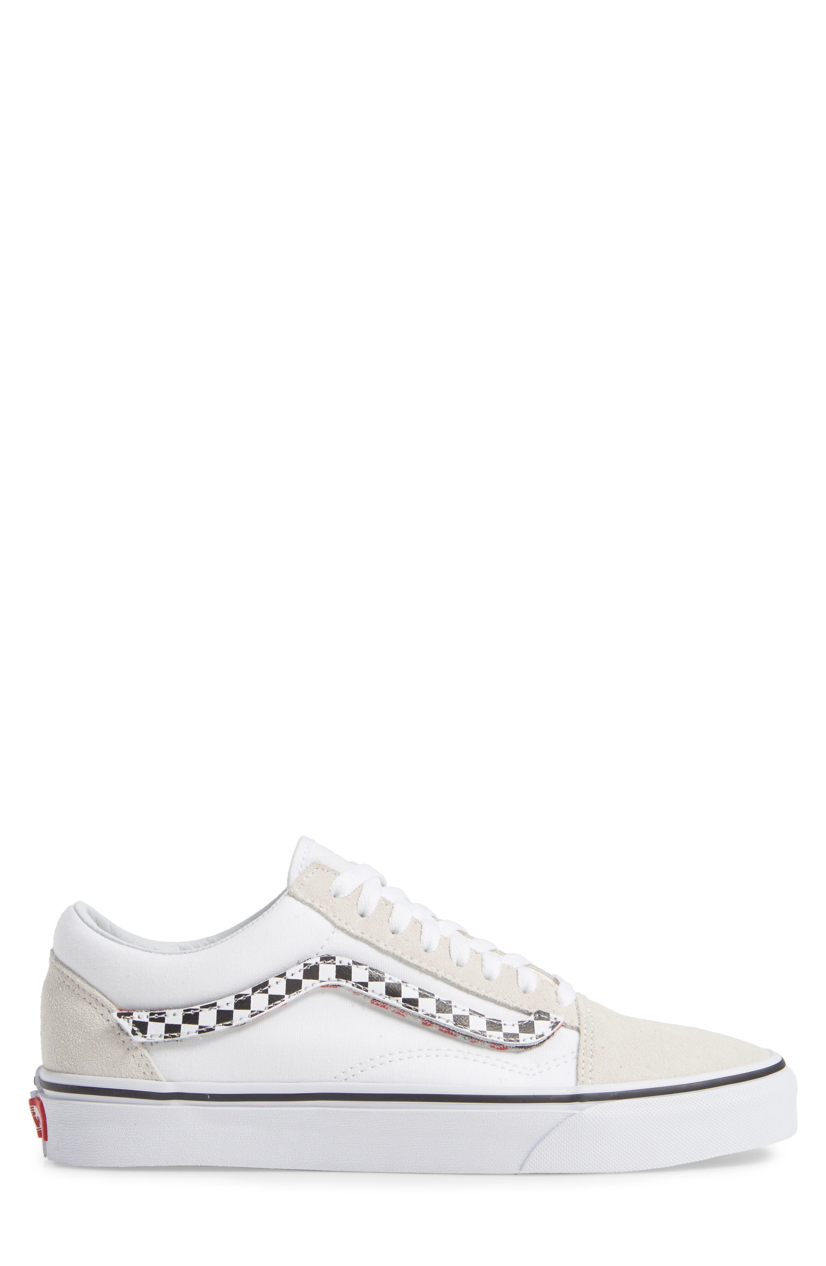 VANS,                             Old Skool Sneaker,                             Alternate thumbnail 3, color,                             TRUE WHITE/ TRUE WHITE