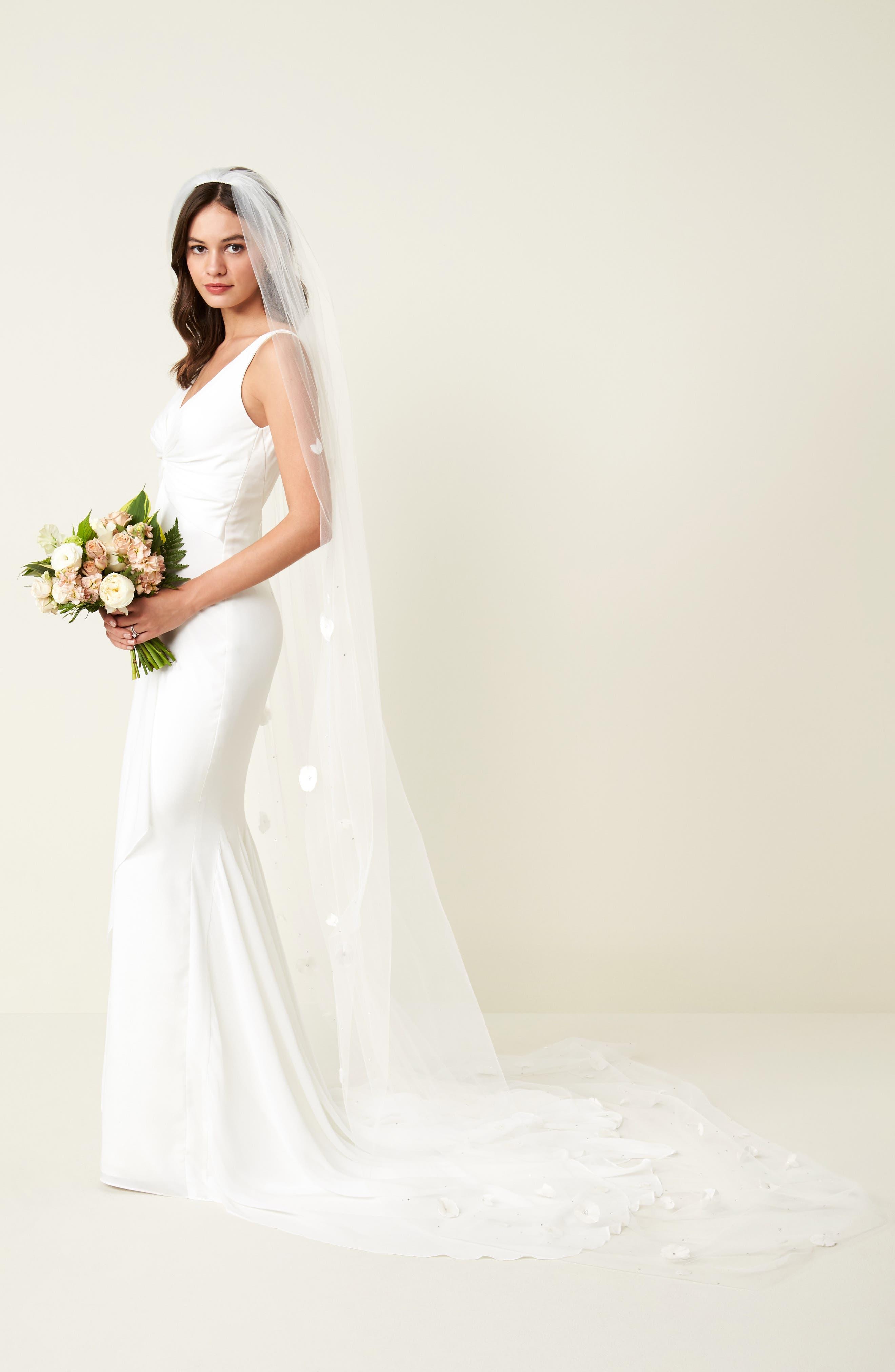 Fleet Embellished Bridal Veil,                             Alternate thumbnail 5, color,                             LIGHT IVORY