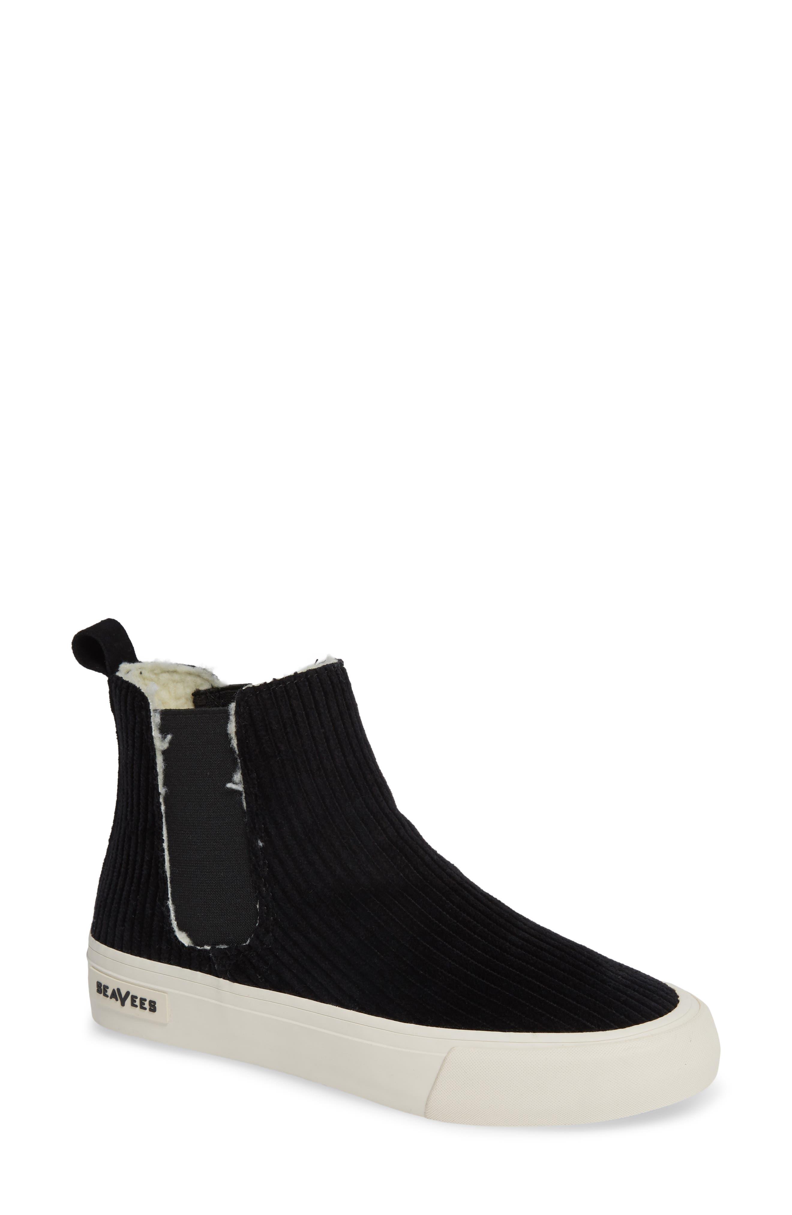 SEAVEES Laguna Chelsea Boot in Black