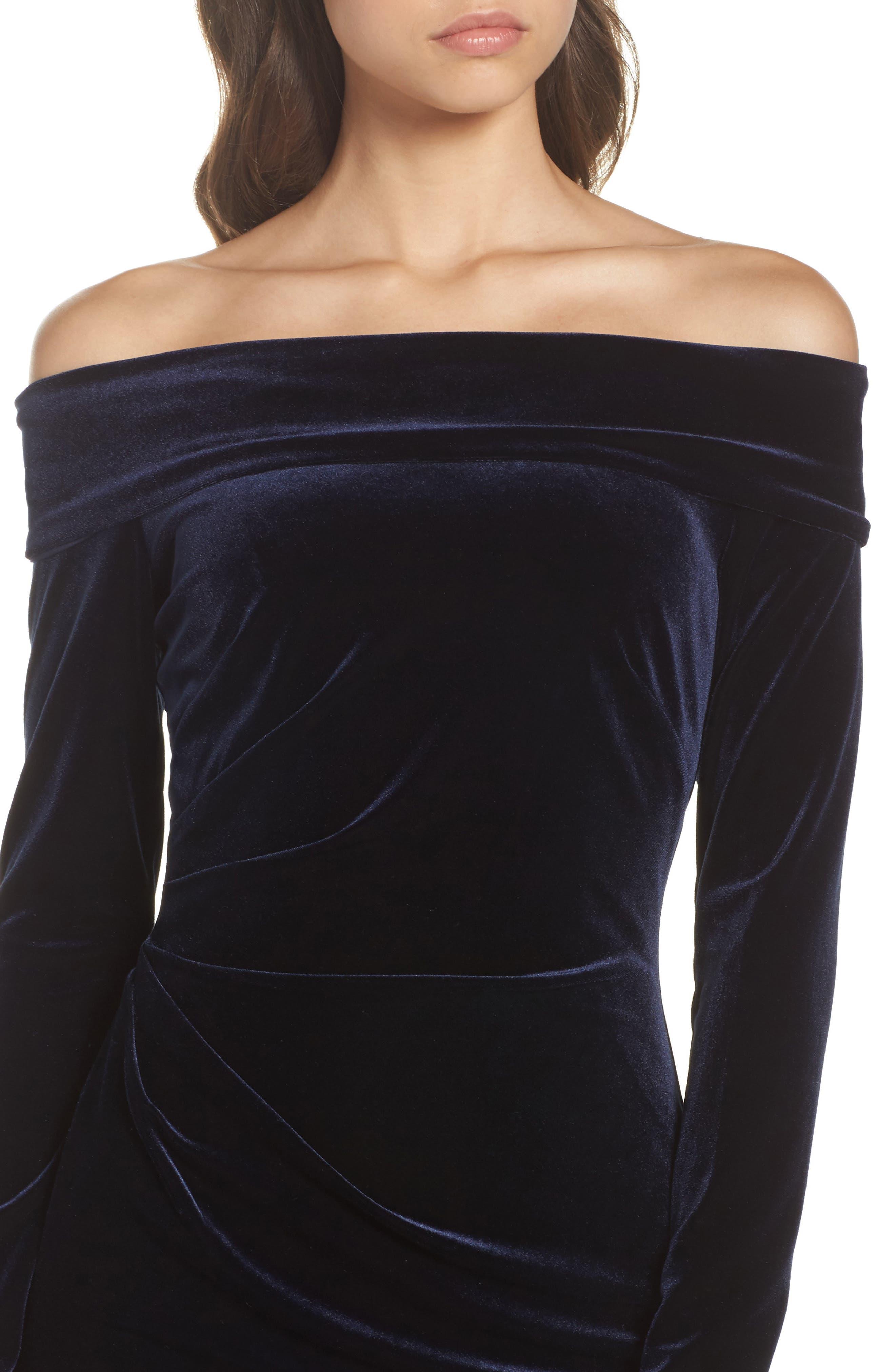 Off the Shoulder Velvet Sheath Dress,                             Alternate thumbnail 4, color,                             NAVY