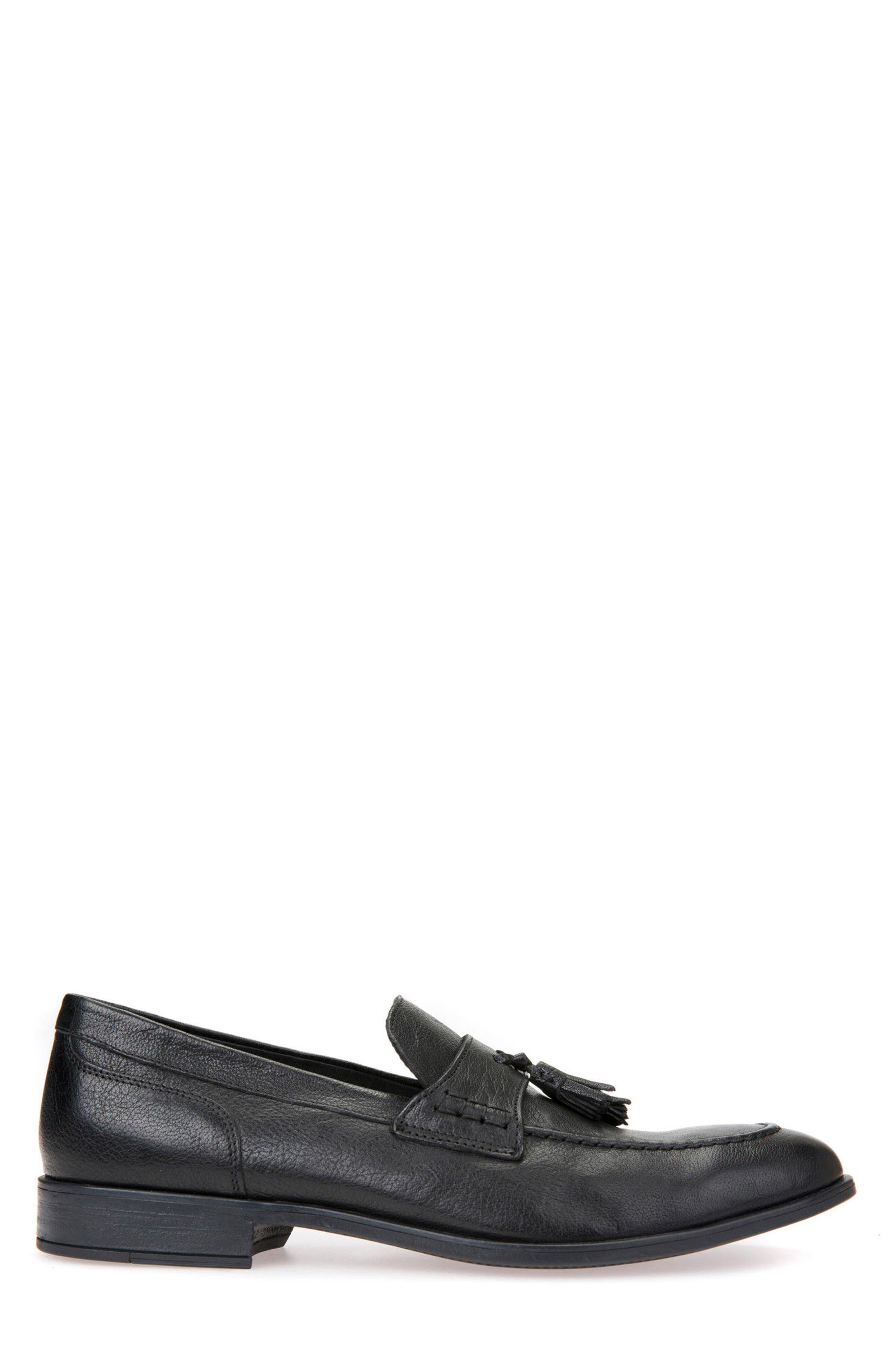 Bryceton 4 Tassel Loafer,                             Alternate thumbnail 3, color,                             BLACK LEATHER