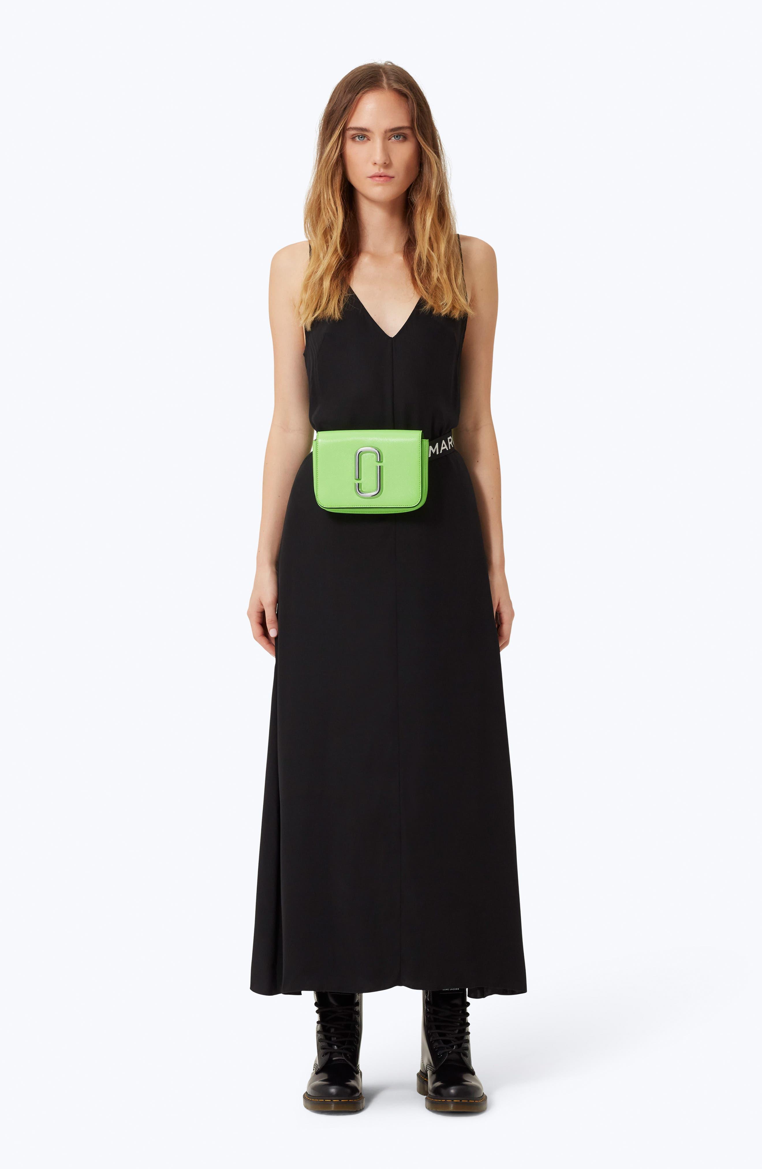 Hip Shot Convertible Crossbody Bag - Green in Bright Green