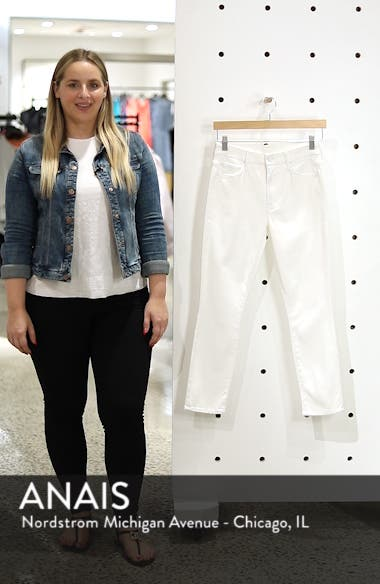 The Looker Crop Jeans, sales video thumbnail