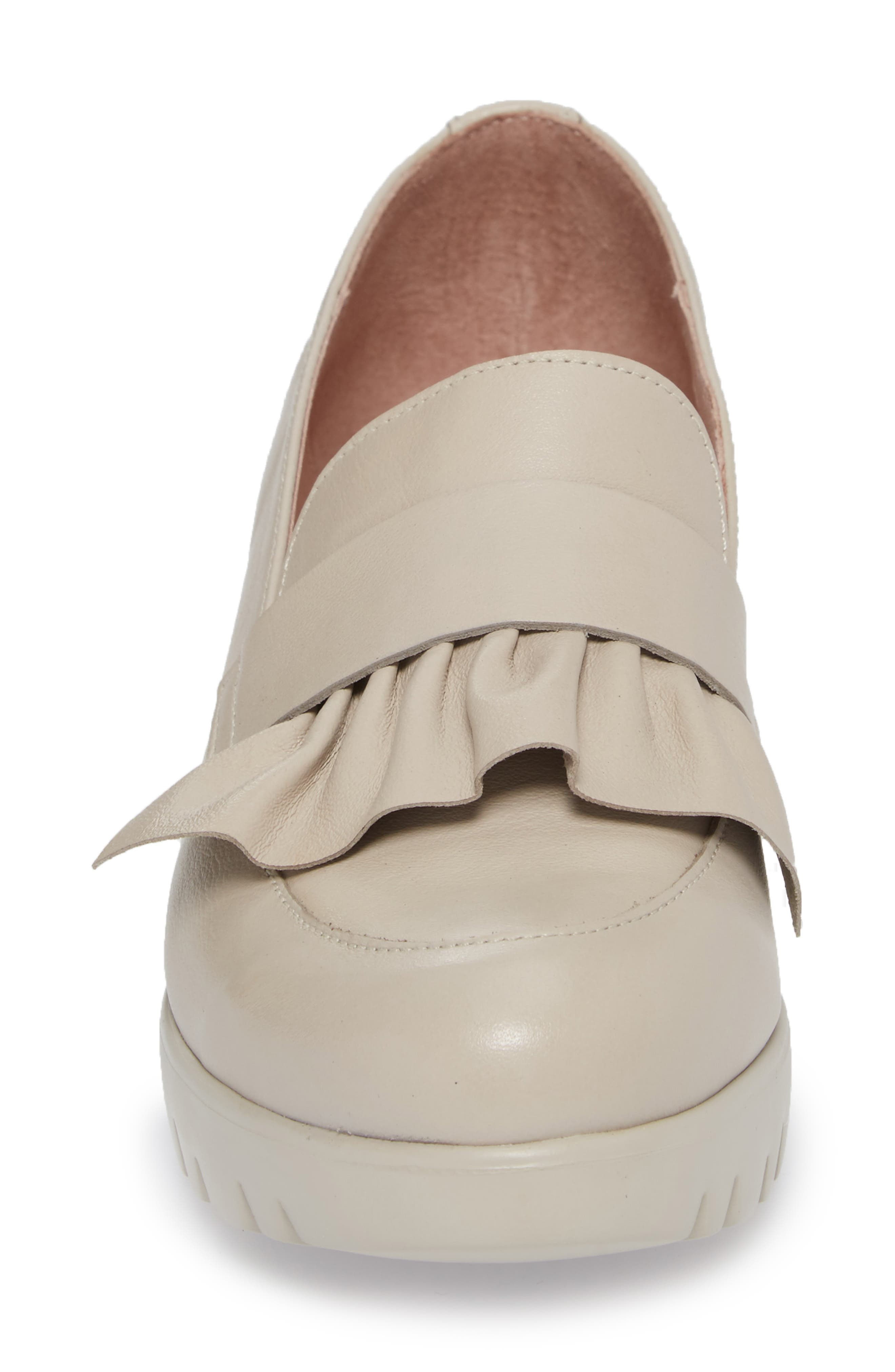 Loafer Wedge,                             Alternate thumbnail 4, color,                             LIGHT GREY LEATHER