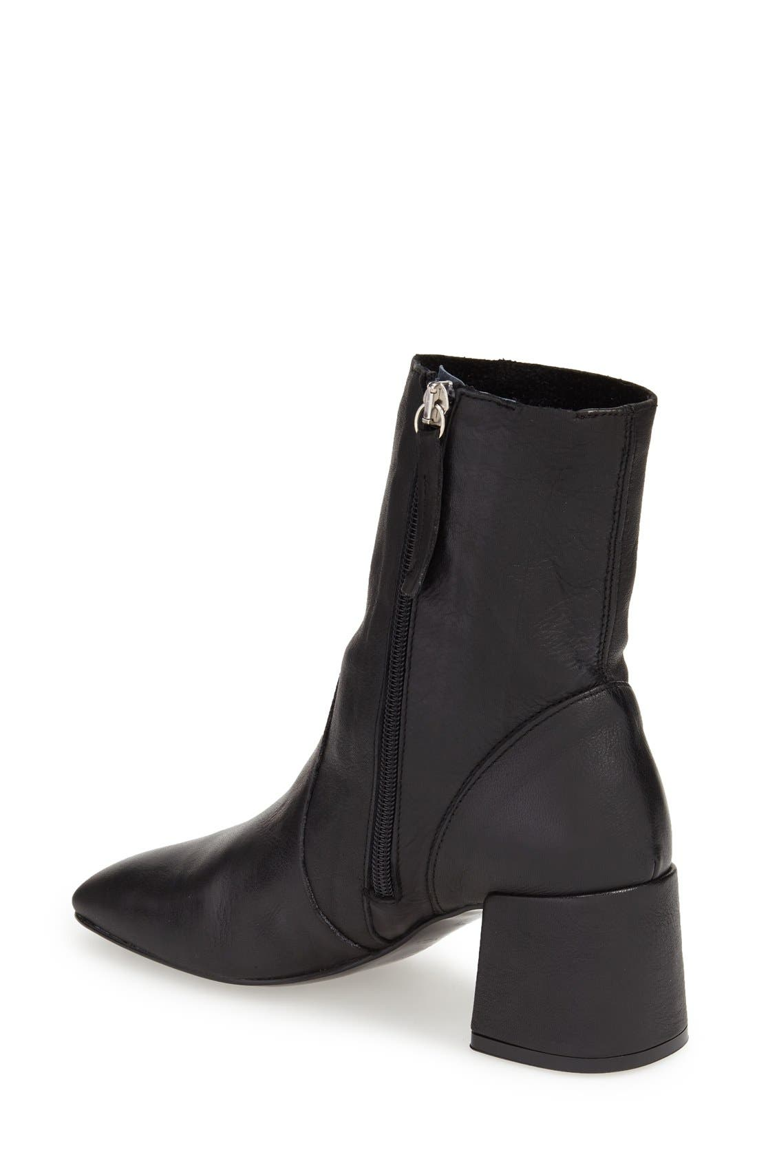 TOPSHOP,                             'Max' Block Heel Bootie,                             Alternate thumbnail 2, color,                             001