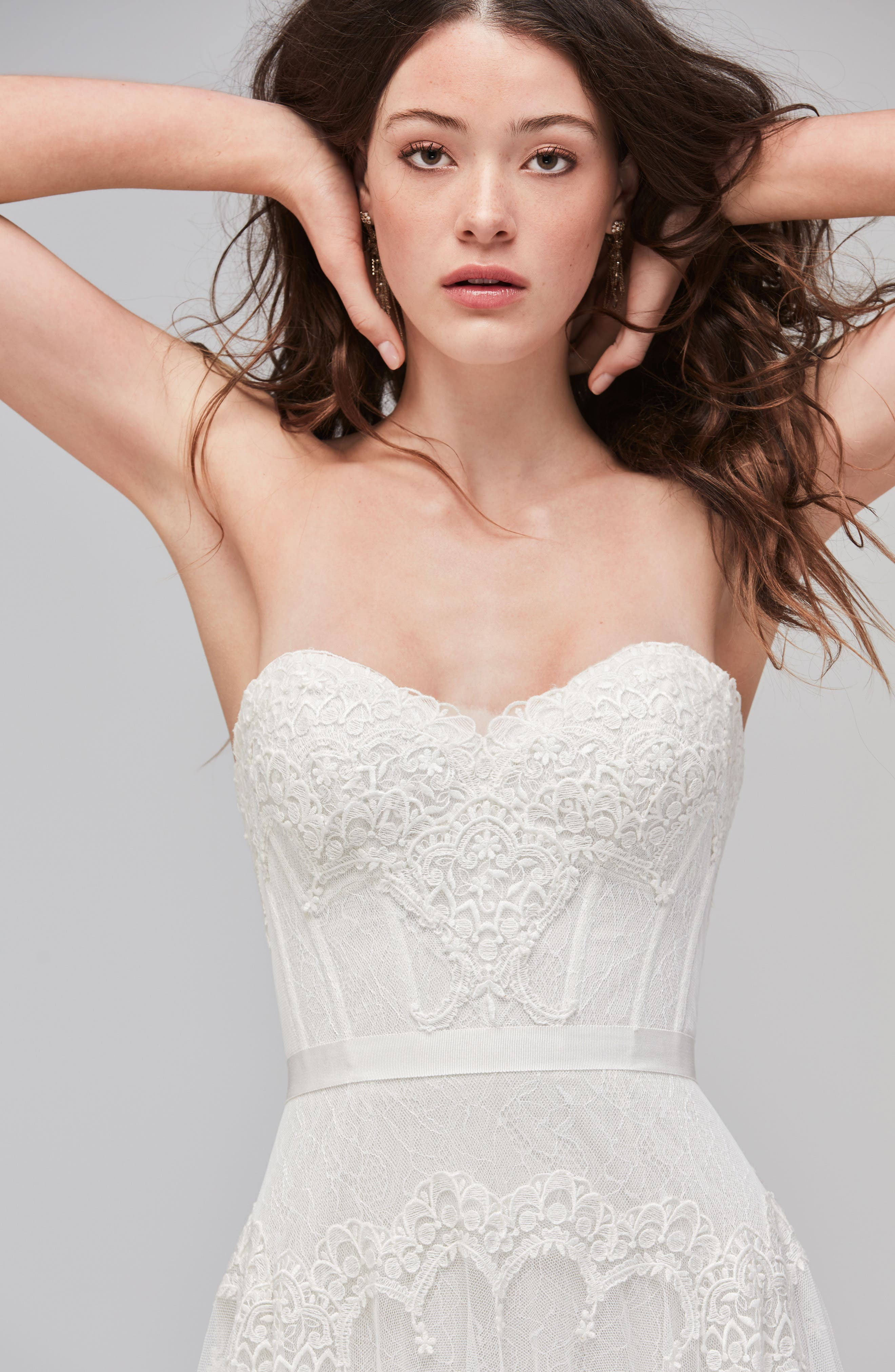 Lupine Strapless Chantilly Lace & Net Gown,                             Alternate thumbnail 3, color,                             IVORY/OYSTER