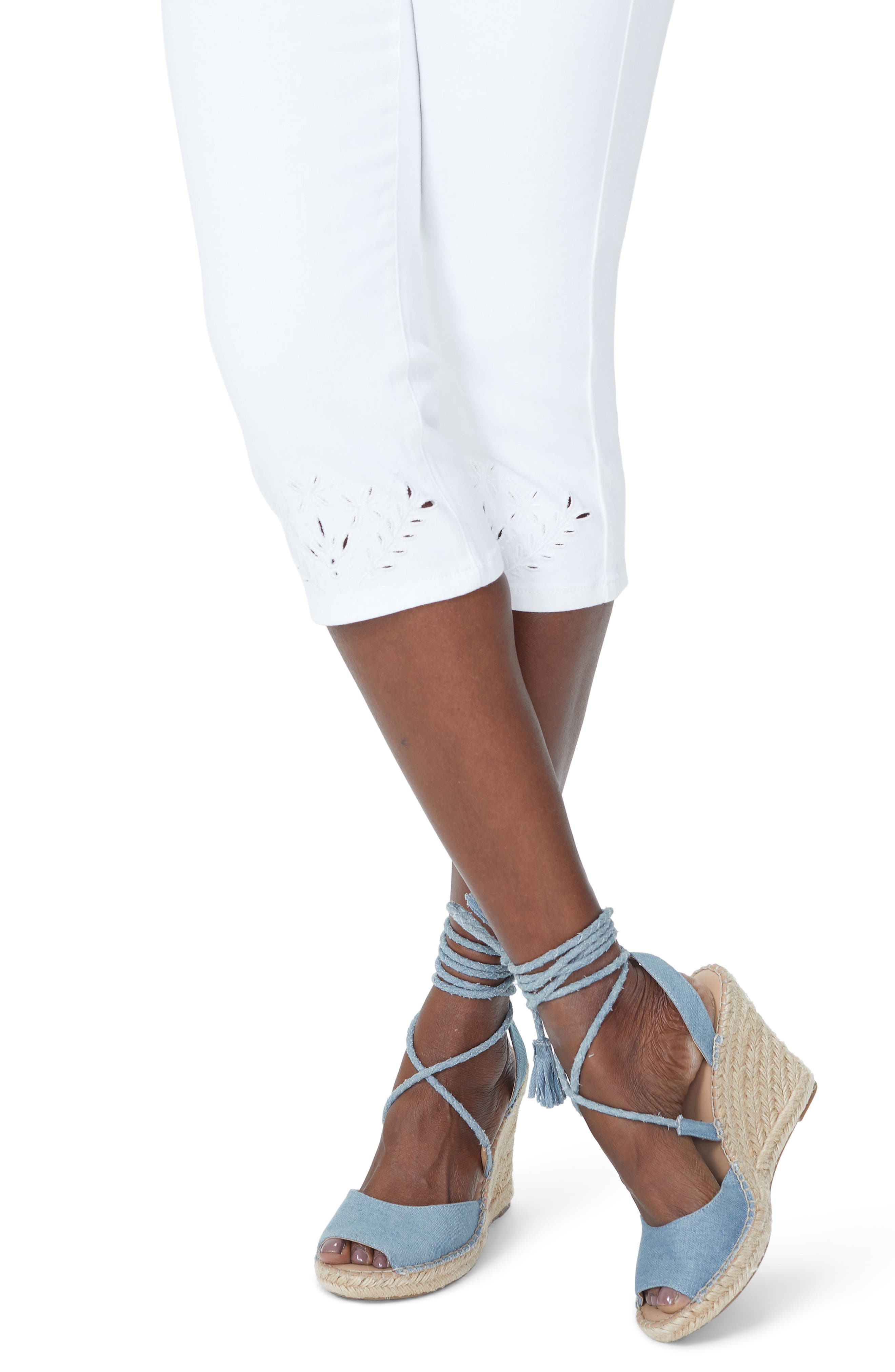 Marilyn Eyelet Hem Stretch Crop Jeans,                             Alternate thumbnail 4, color,