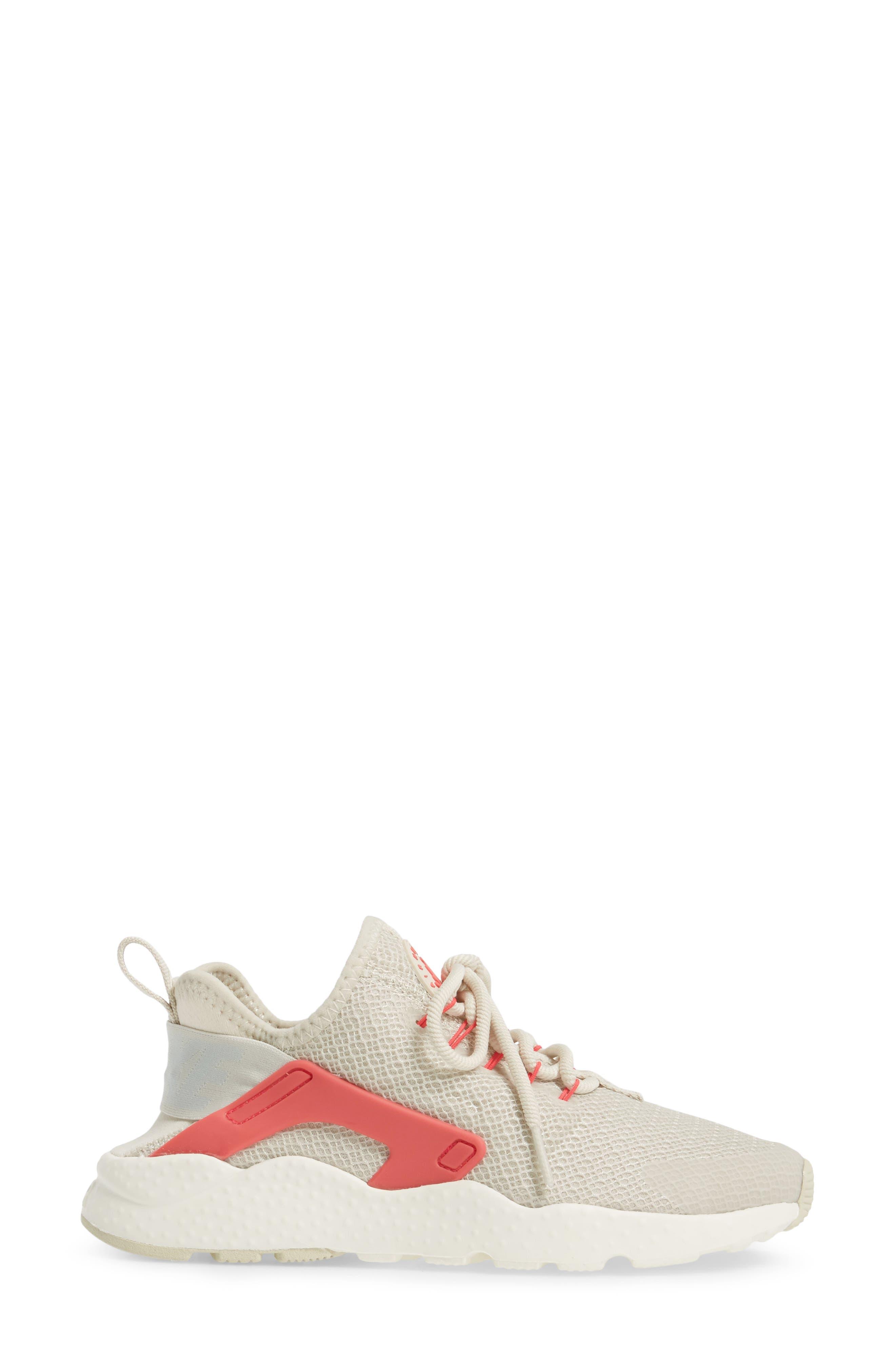 Air Huarache Sneaker,                             Alternate thumbnail 101, color,