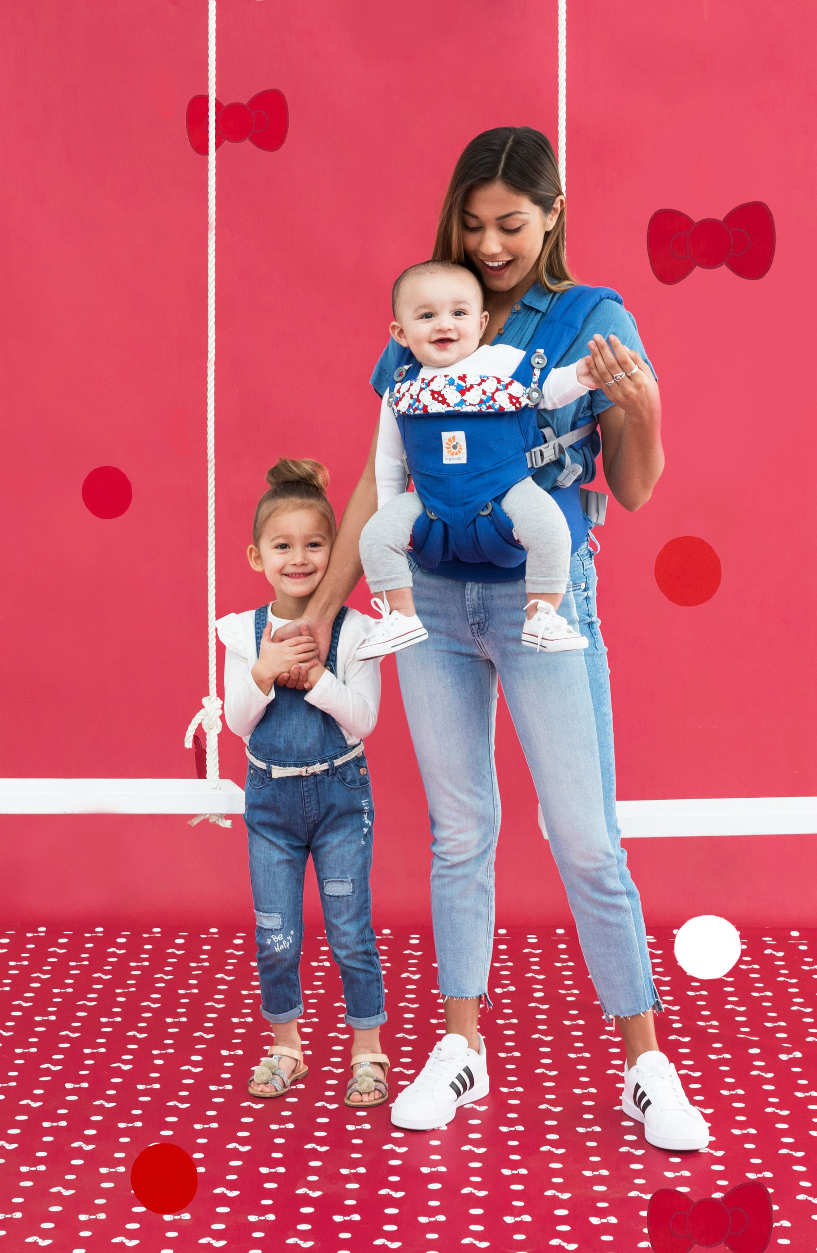 x Hello Kitty<sup>®</sup> Omni 360 Baby Carrier,                             Alternate thumbnail 5, color,                             420