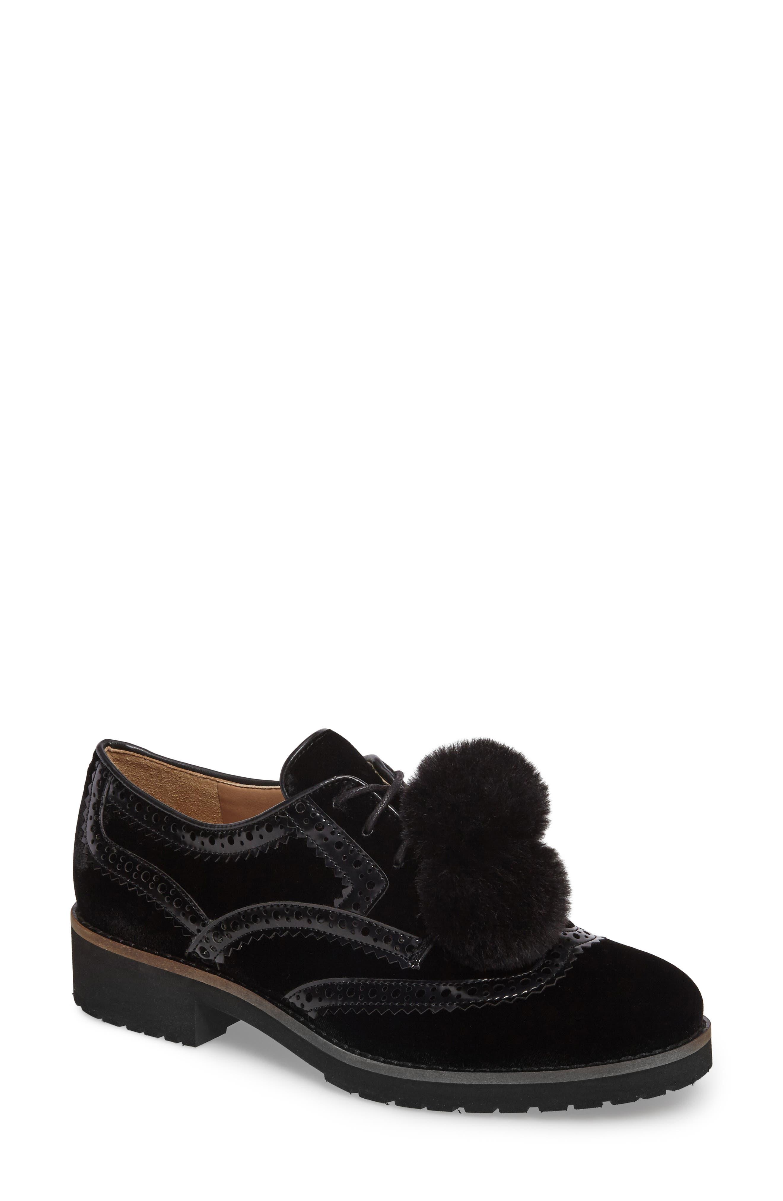 Dahl Oxford with Faux Fur Pompom,                         Main,                         color, 001