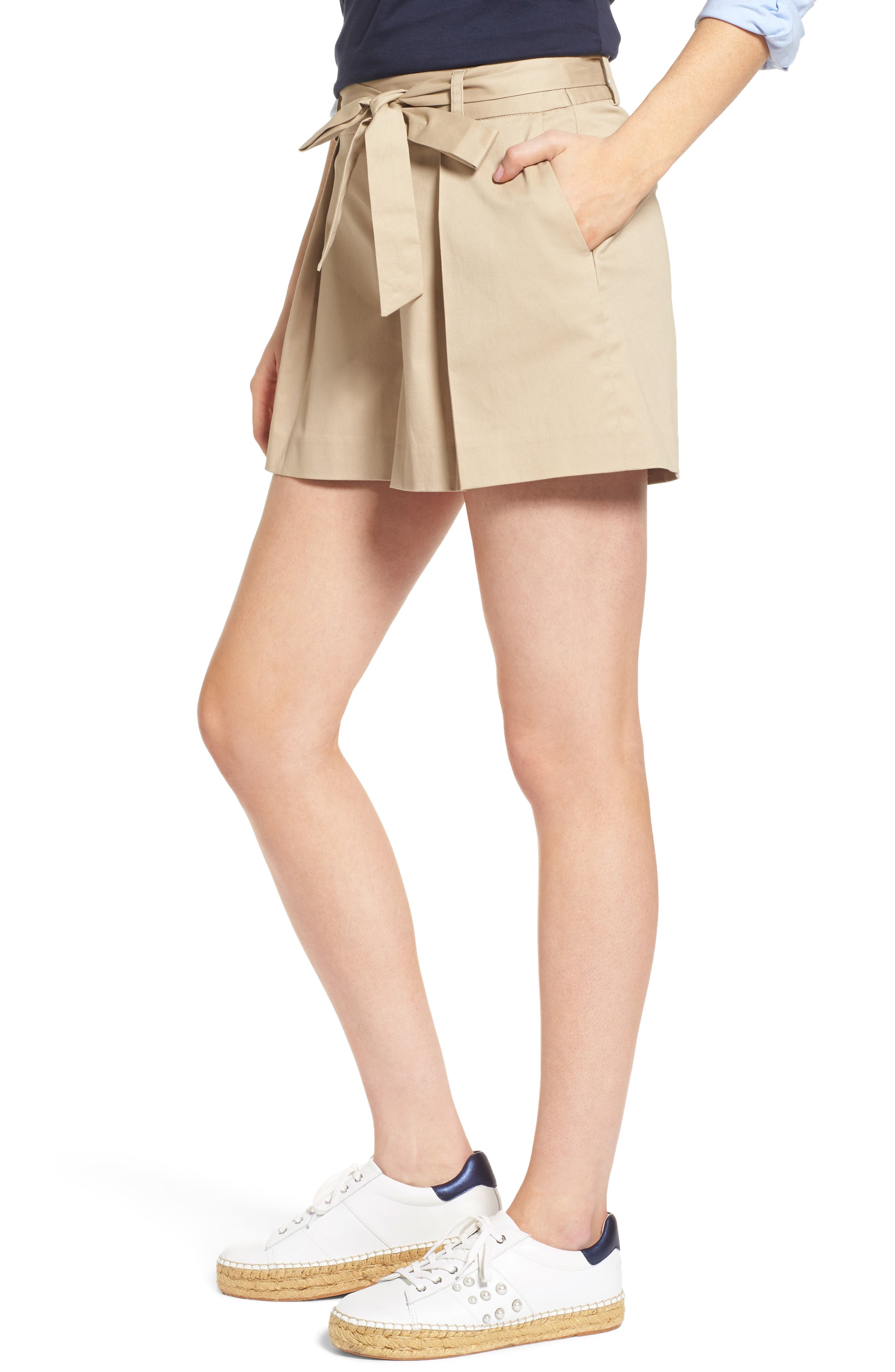Pleated Twill Bow Front Shorts,                             Alternate thumbnail 3, color,                             235