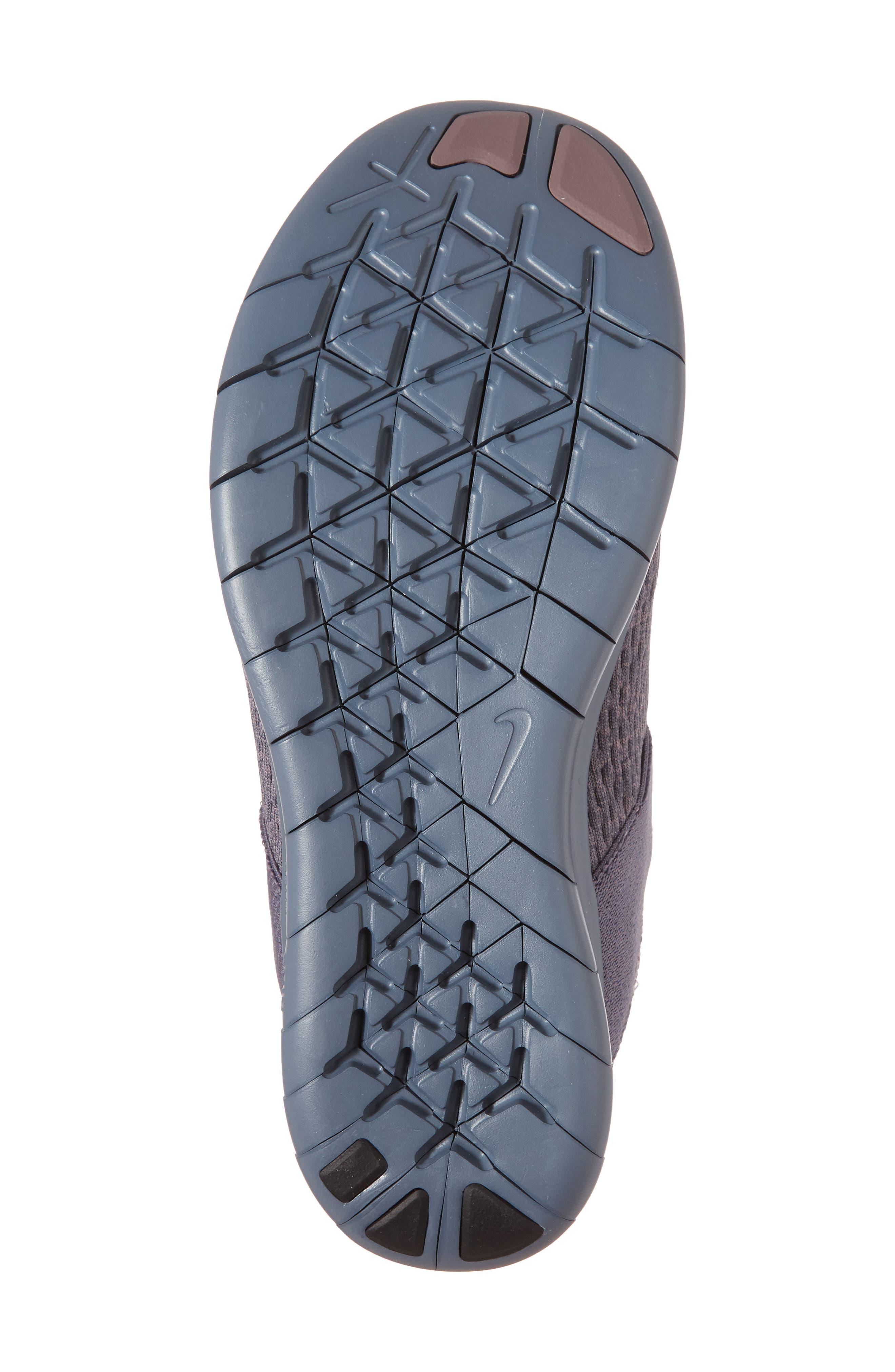 Free RN Commuter 2017 Premium Running Shoe,                             Alternate thumbnail 17, color,