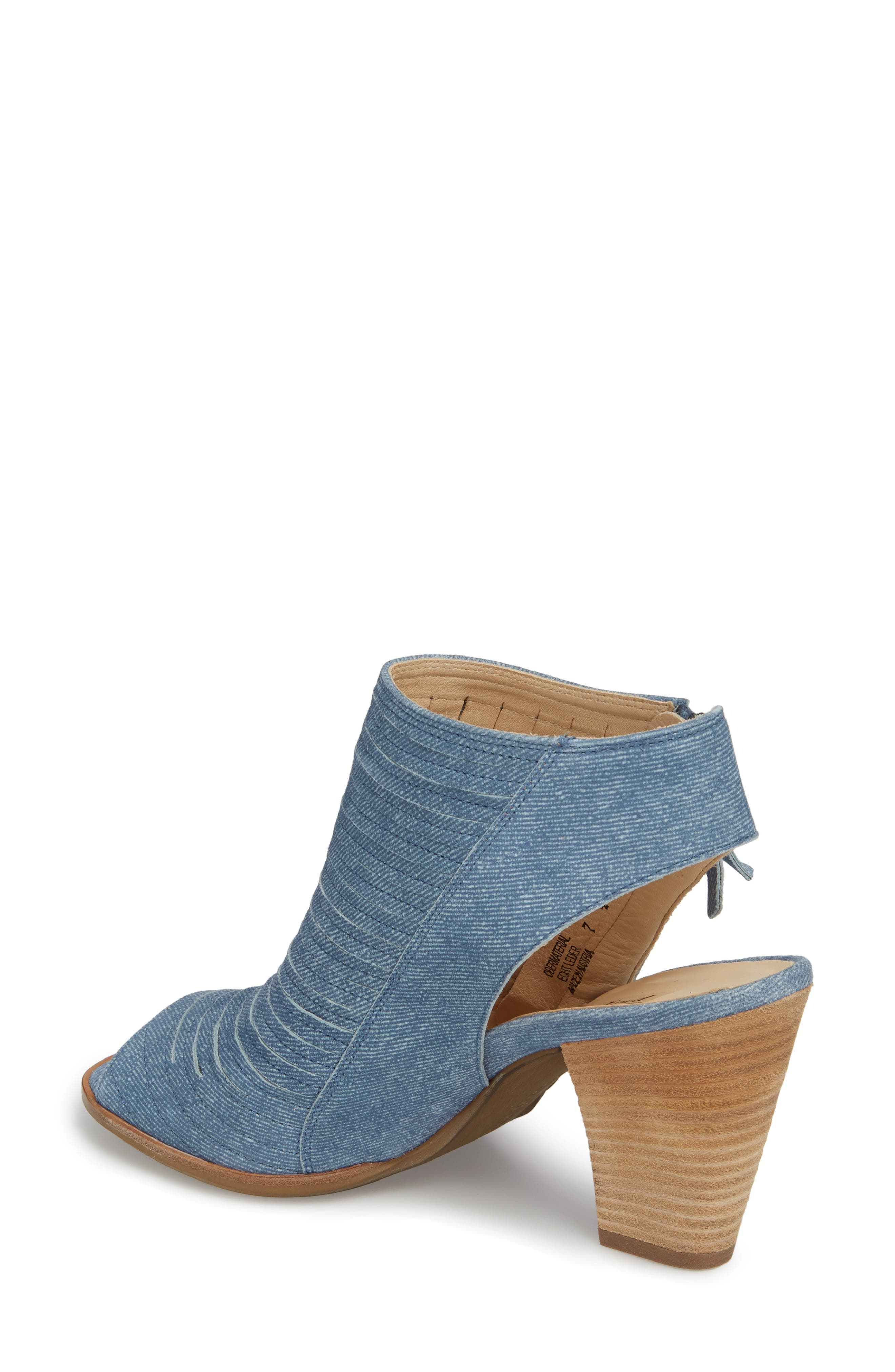 'Cayanne' Leather Peep Toe Sandal,                             Alternate thumbnail 11, color,