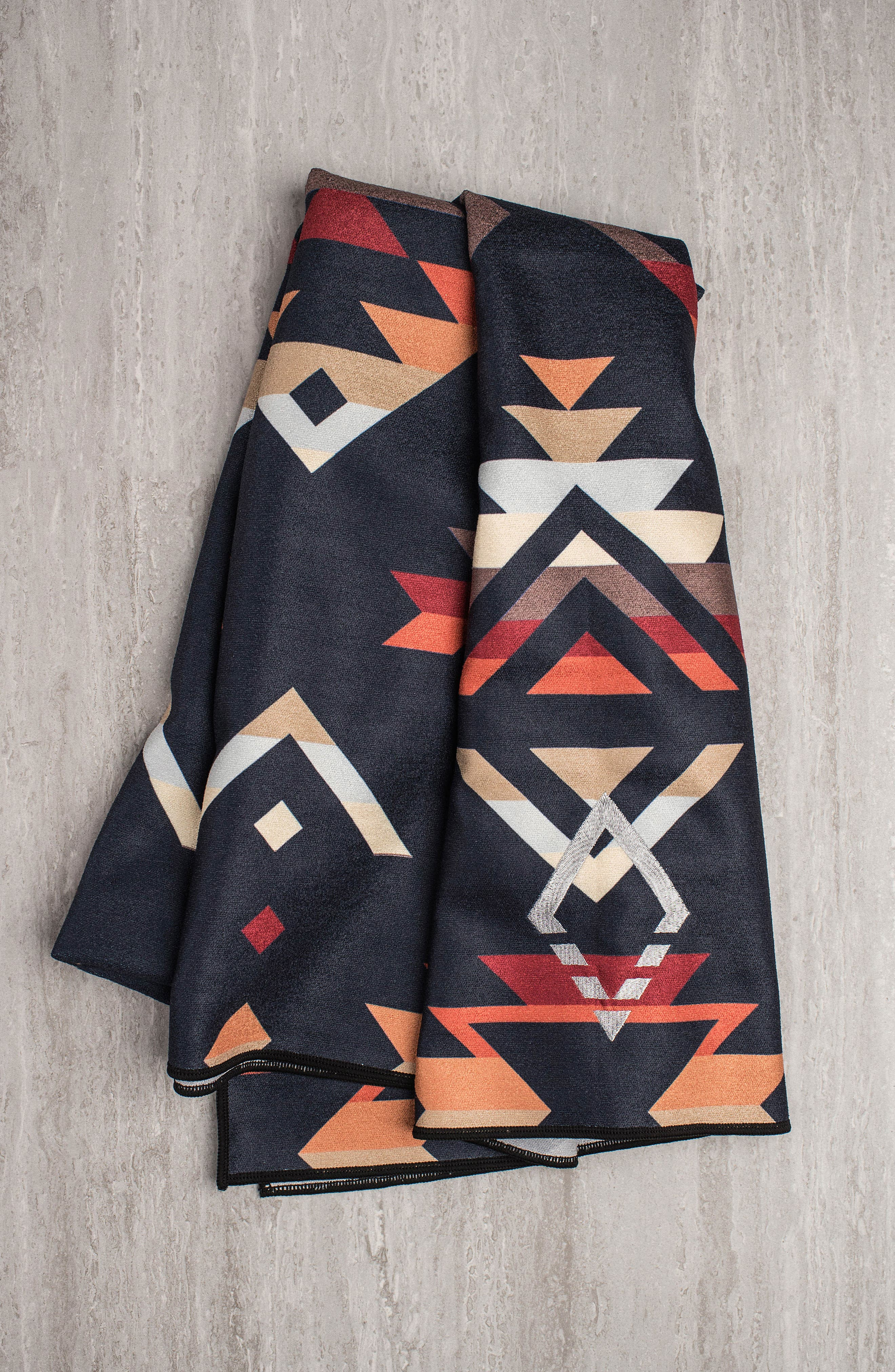 PNW Yoga Towel,                             Alternate thumbnail 2, color,                             400