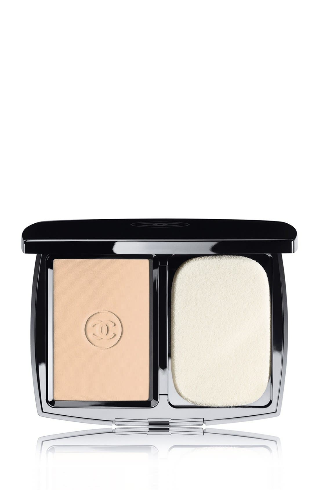 DOUBLE PERFECTION LUMIÈRE<br />Long-Wear Flawless Sunscreen Powder Makeup Broad Spectrum SPF 15,                             Main thumbnail 3, color,