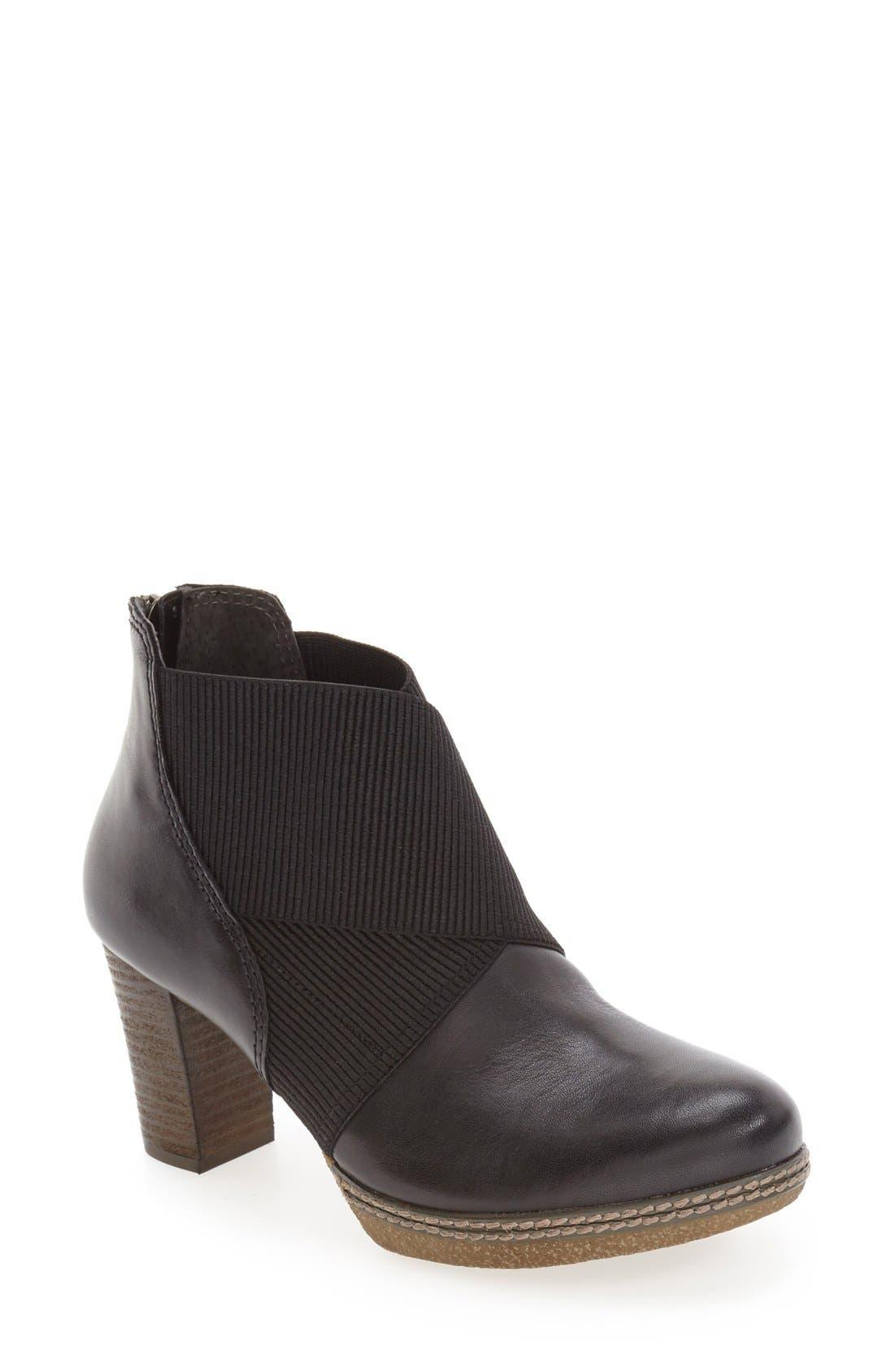 Block Heel Bootie,                         Main,                         color, BLACK LEATHER