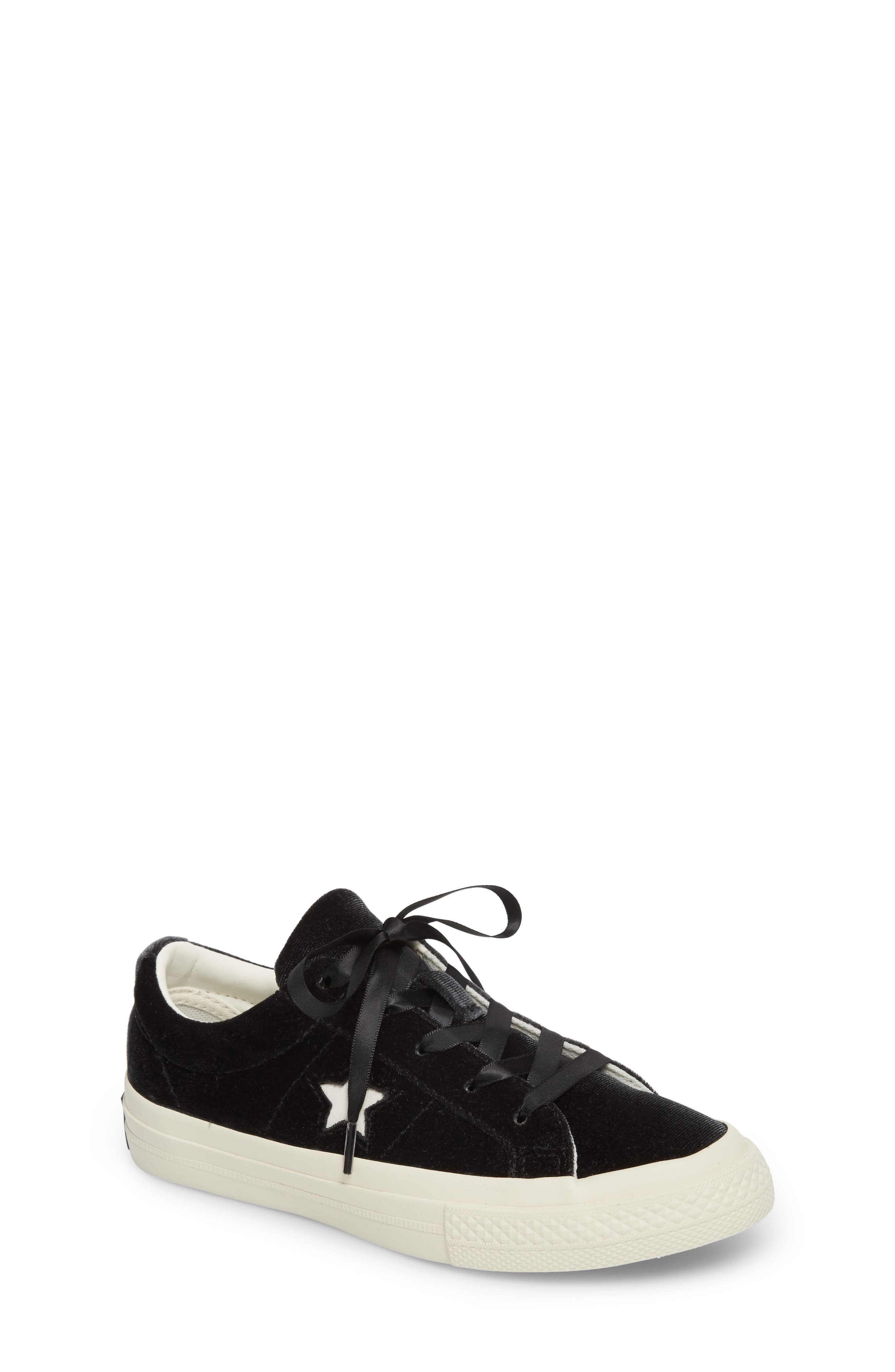Chuck Taylor<sup>®</sup> All Star<sup>®</sup> One Star Velvet Platform Sneaker,                         Main,                         color,