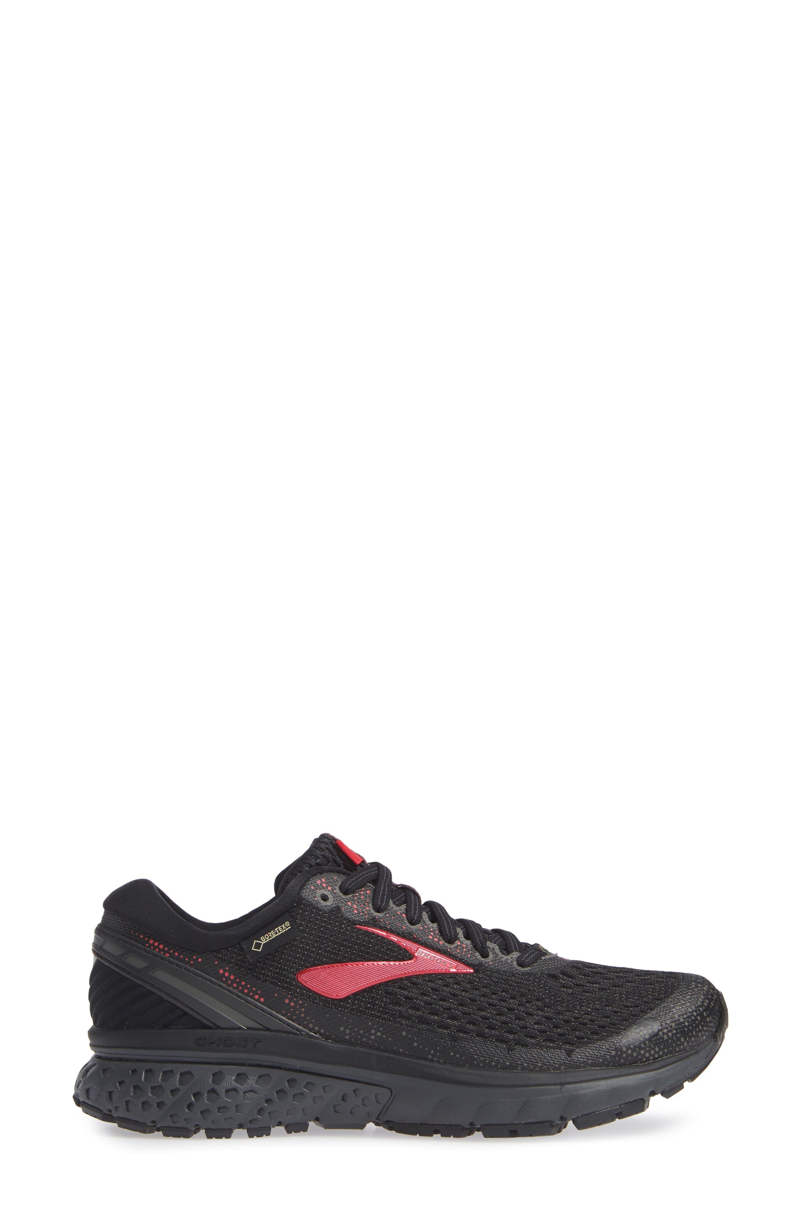Ghost 11 Running Shoe,                             Alternate thumbnail 3, color,                             BLACK/ PINK/ EBONY