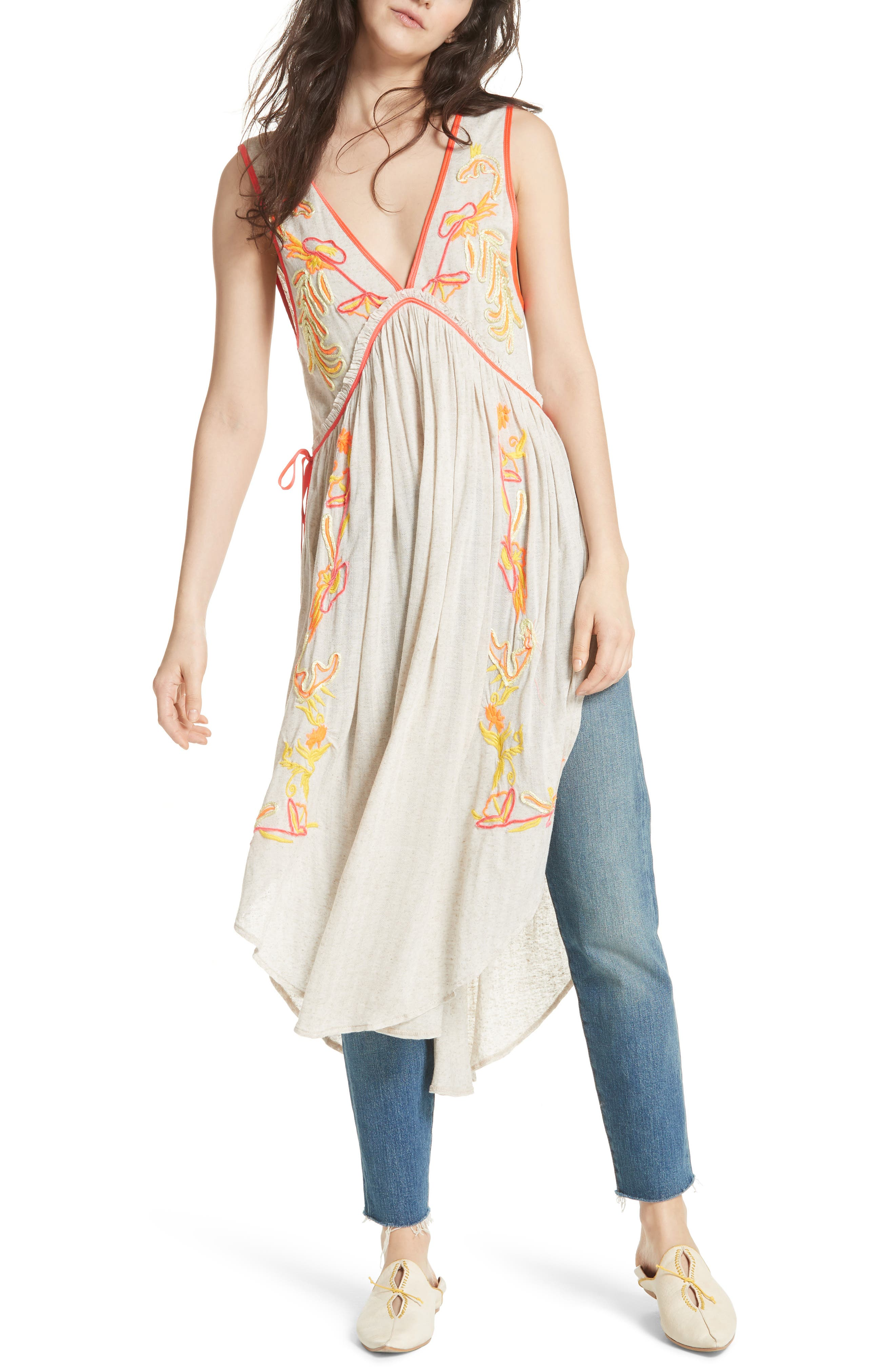 Summer Lovin' Embroidered Tunic,                         Main,                         color, 902