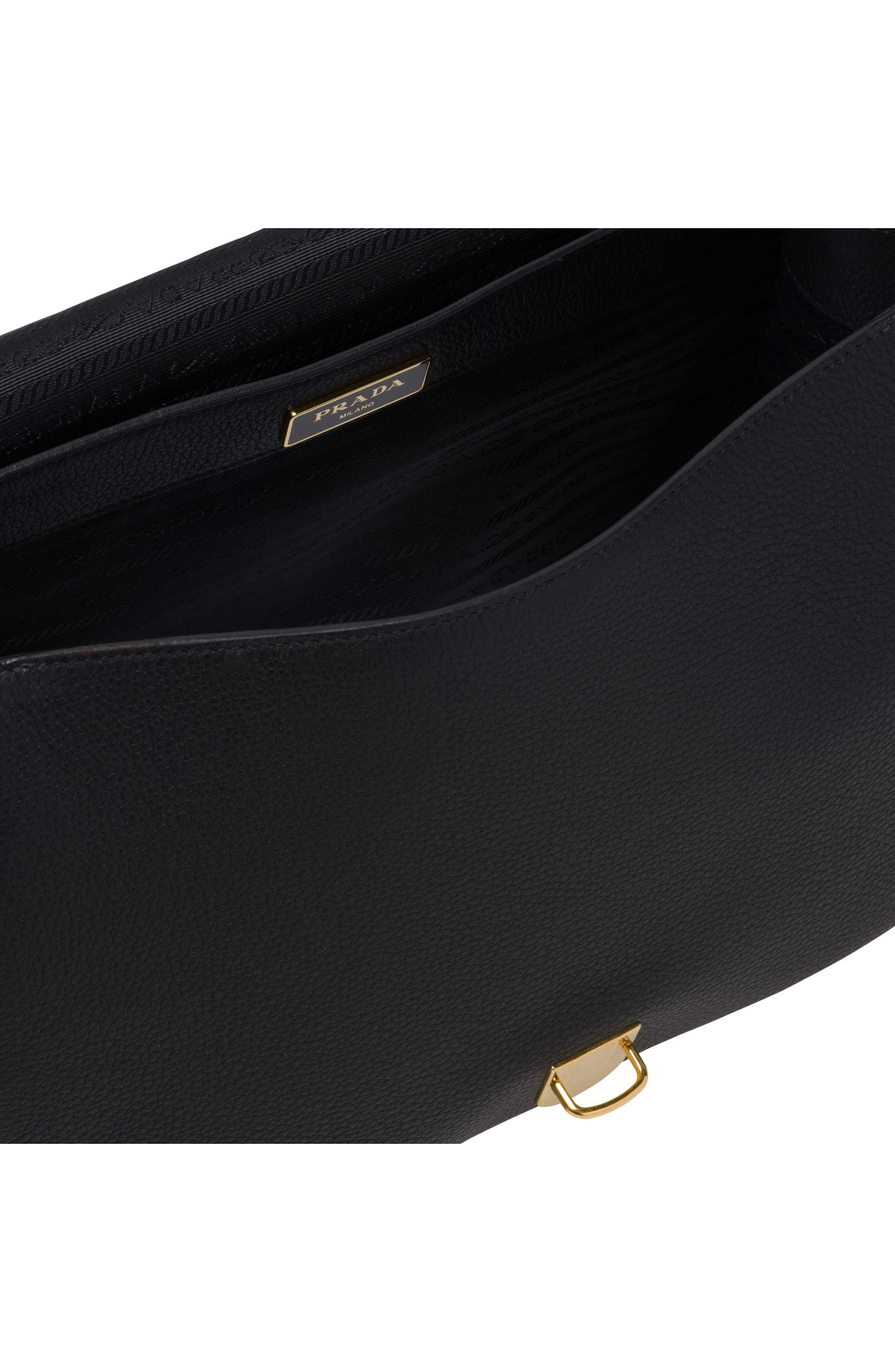 Vitello Daino Heritage Logo Leather Crossbody Bag,                             Alternate thumbnail 6, color,                             001