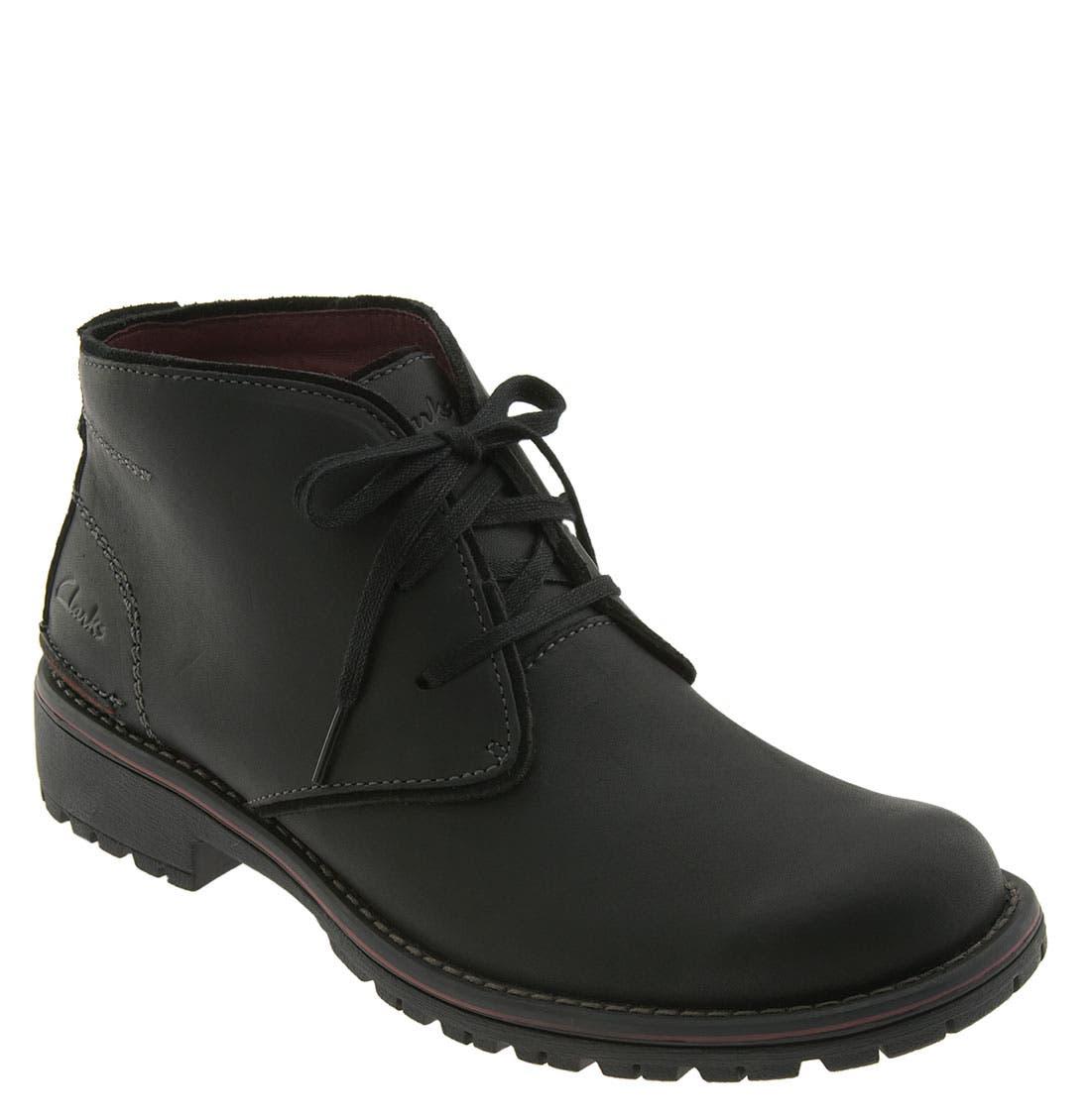 CLARKS<SUP>®</SUP> 'Roar' Chukka Boot, Main, color, 005