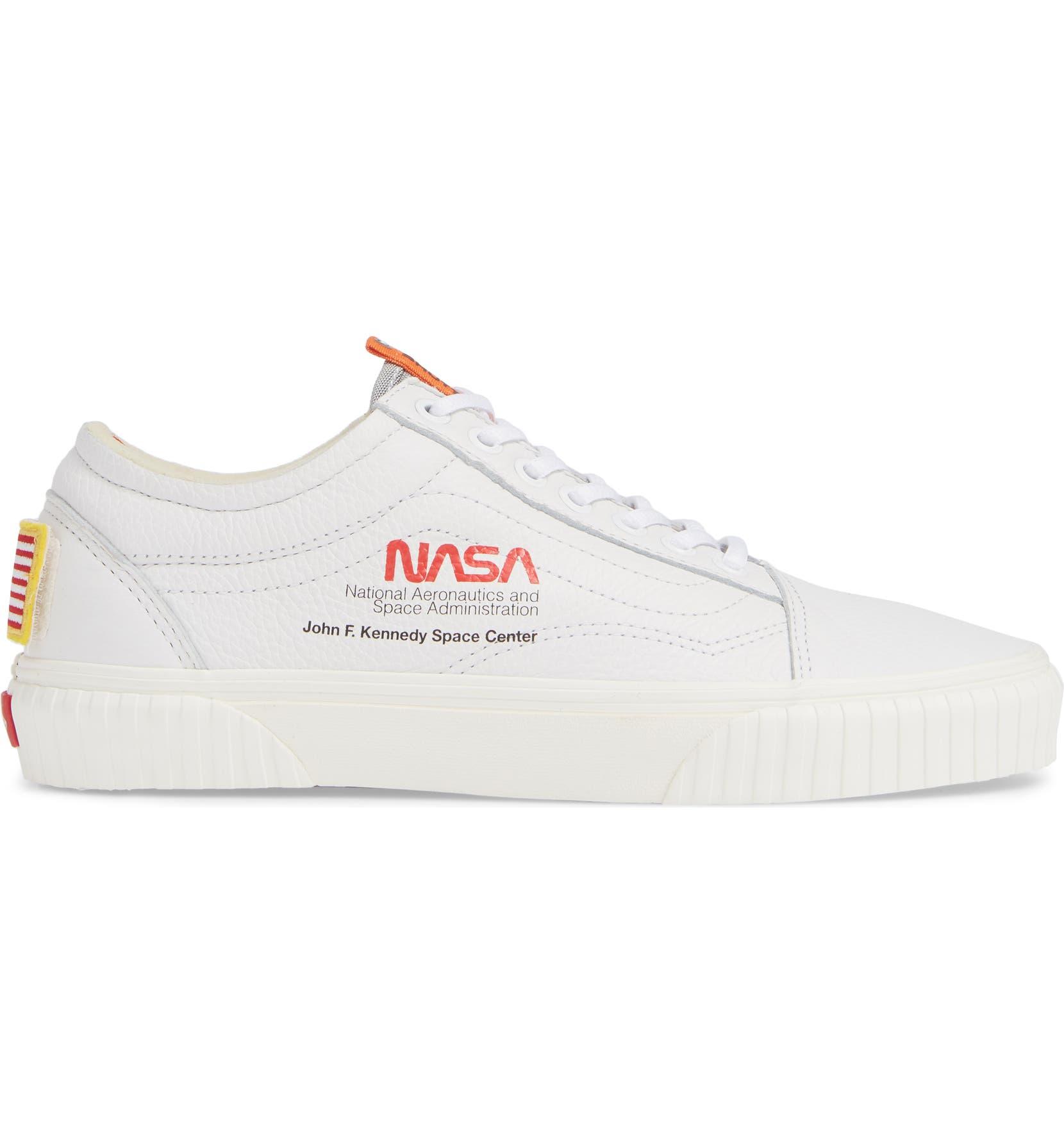 078f108946fa Vans Space Voyager Old Skool Sneaker (Men)