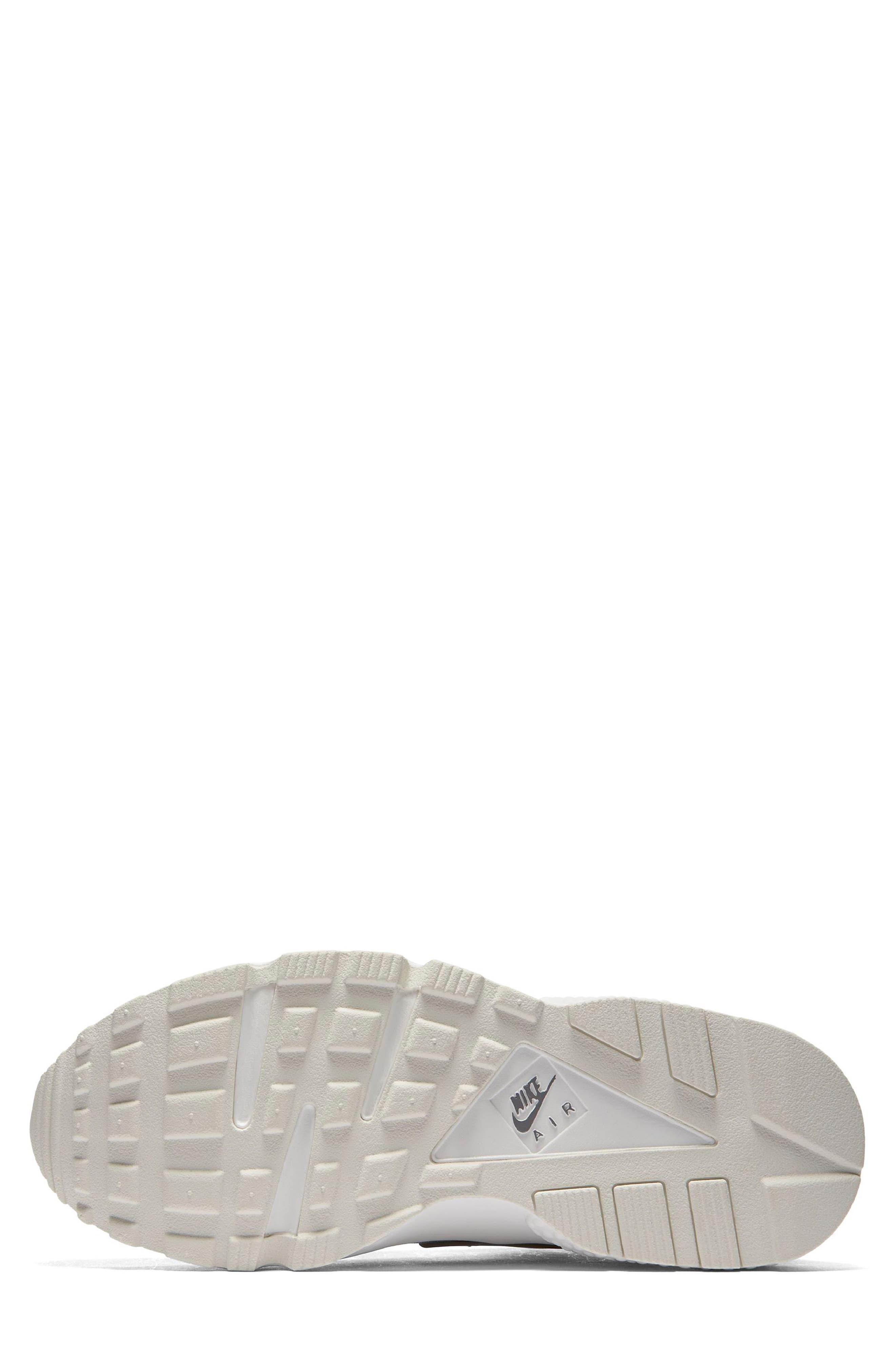 Air Huarache Run Premium Sneaker,                             Alternate thumbnail 5, color,                             020