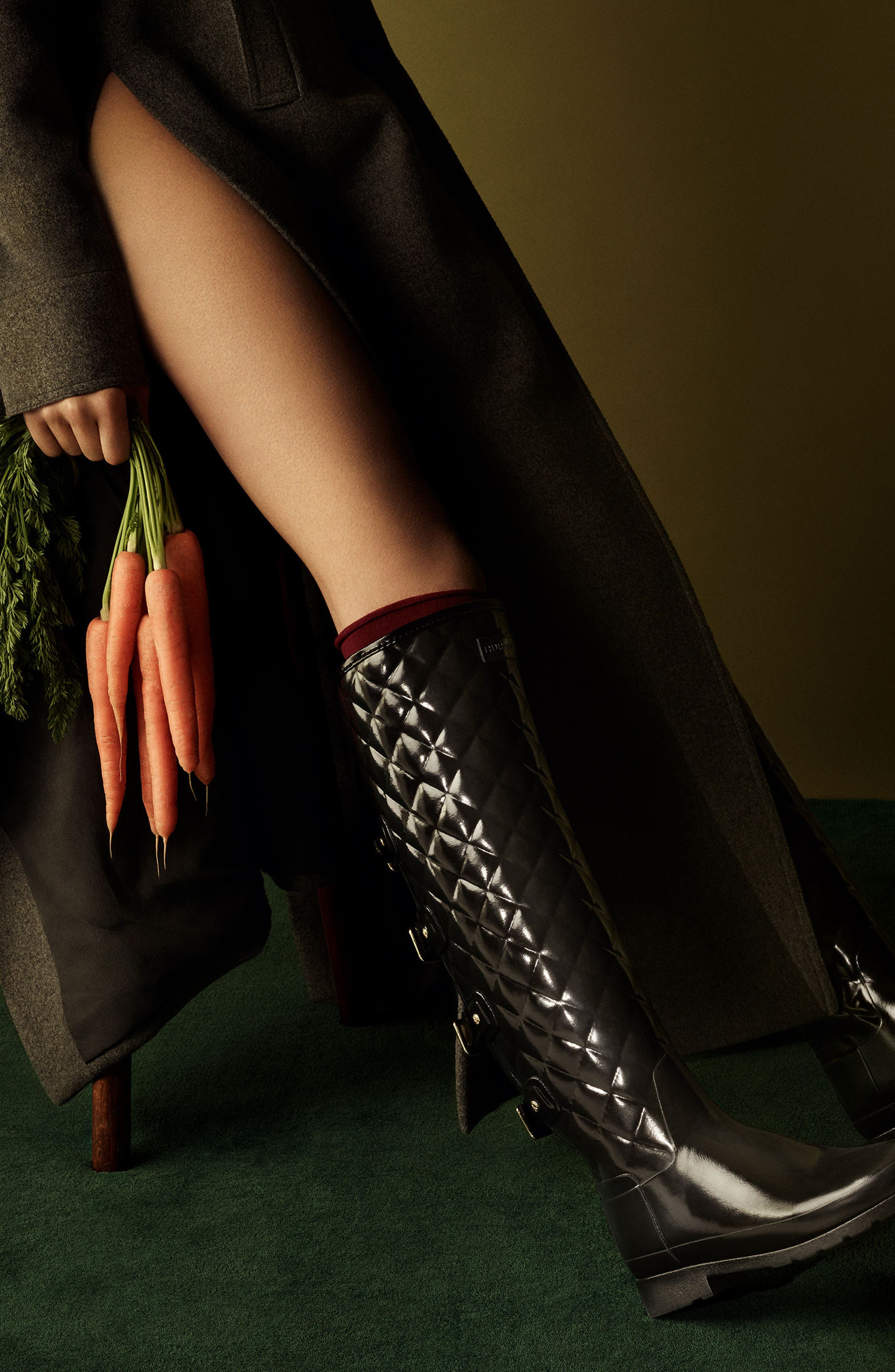Refined Gloss Quilted Over the Knee Rain Boot,                             Alternate thumbnail 7, color,                             001