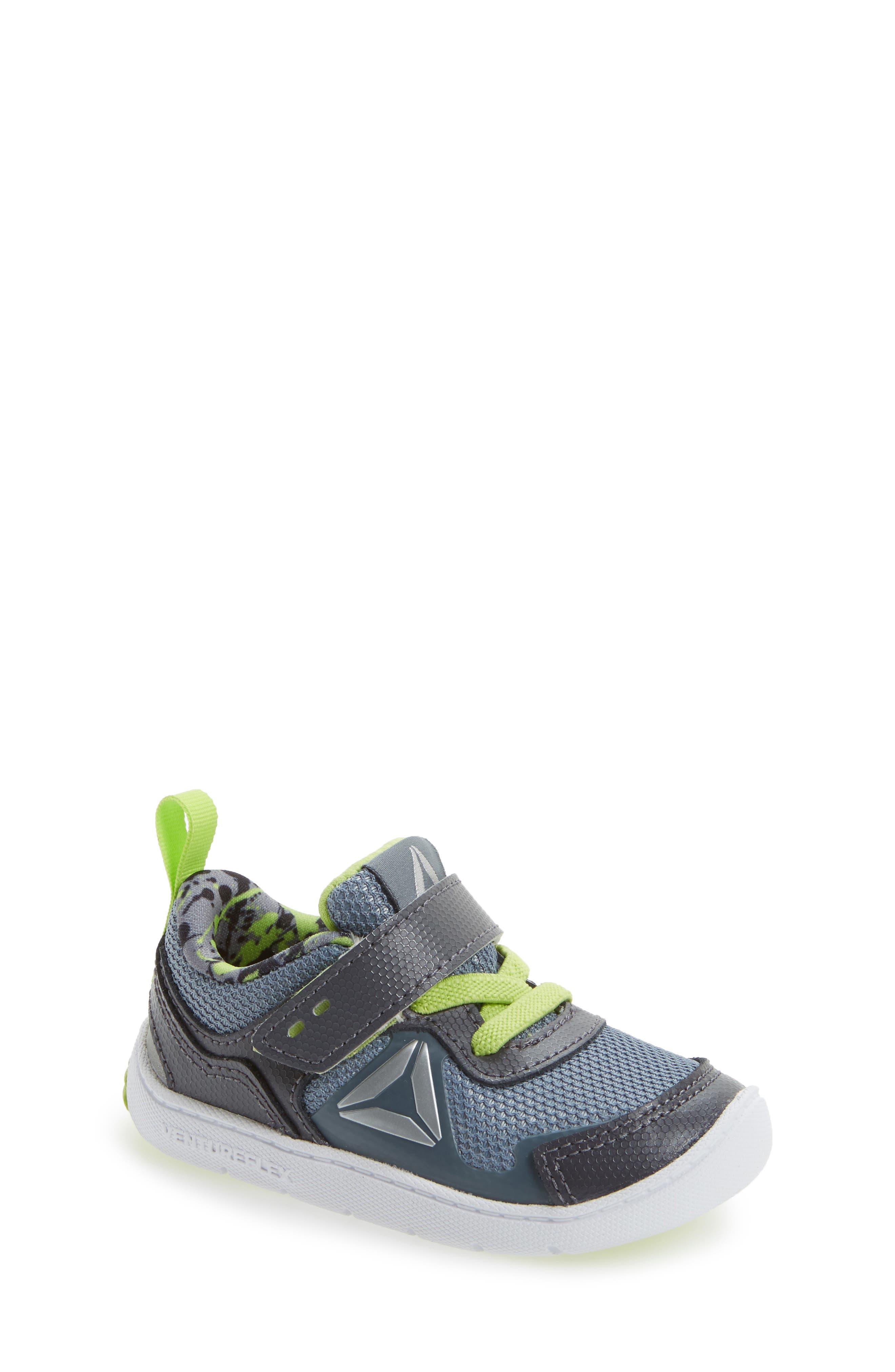 Ventureflex Stride 5.0 Sneaker,                         Main,                         color, 020