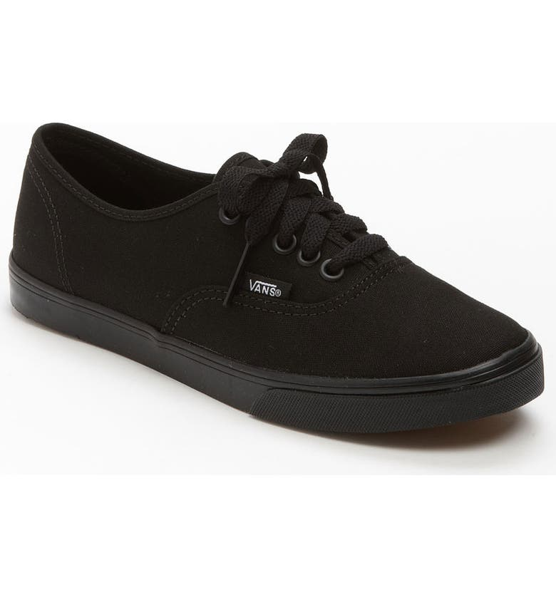 3eb3850a565 Vans  Authentic - Lo Pro  Sneaker (Women)