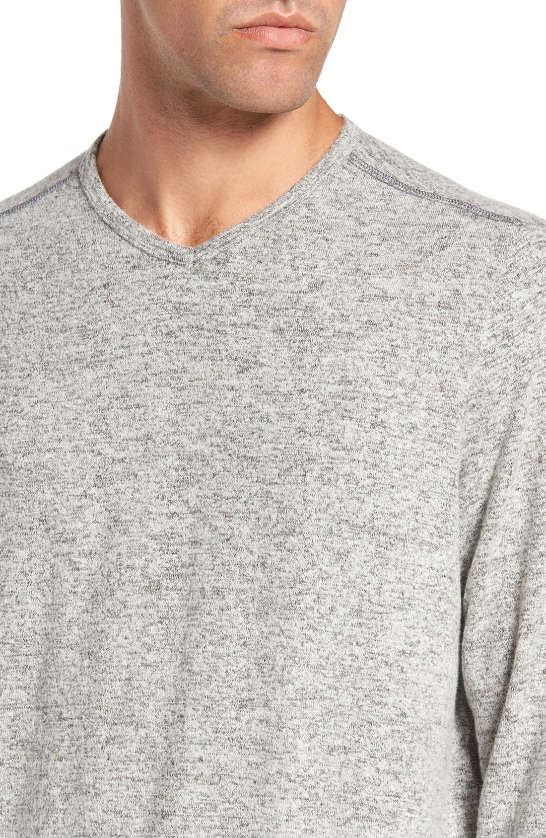 'Leeward' V-Neck Long Sleeve T-Shirt,                             Alternate thumbnail 4, color,                             050