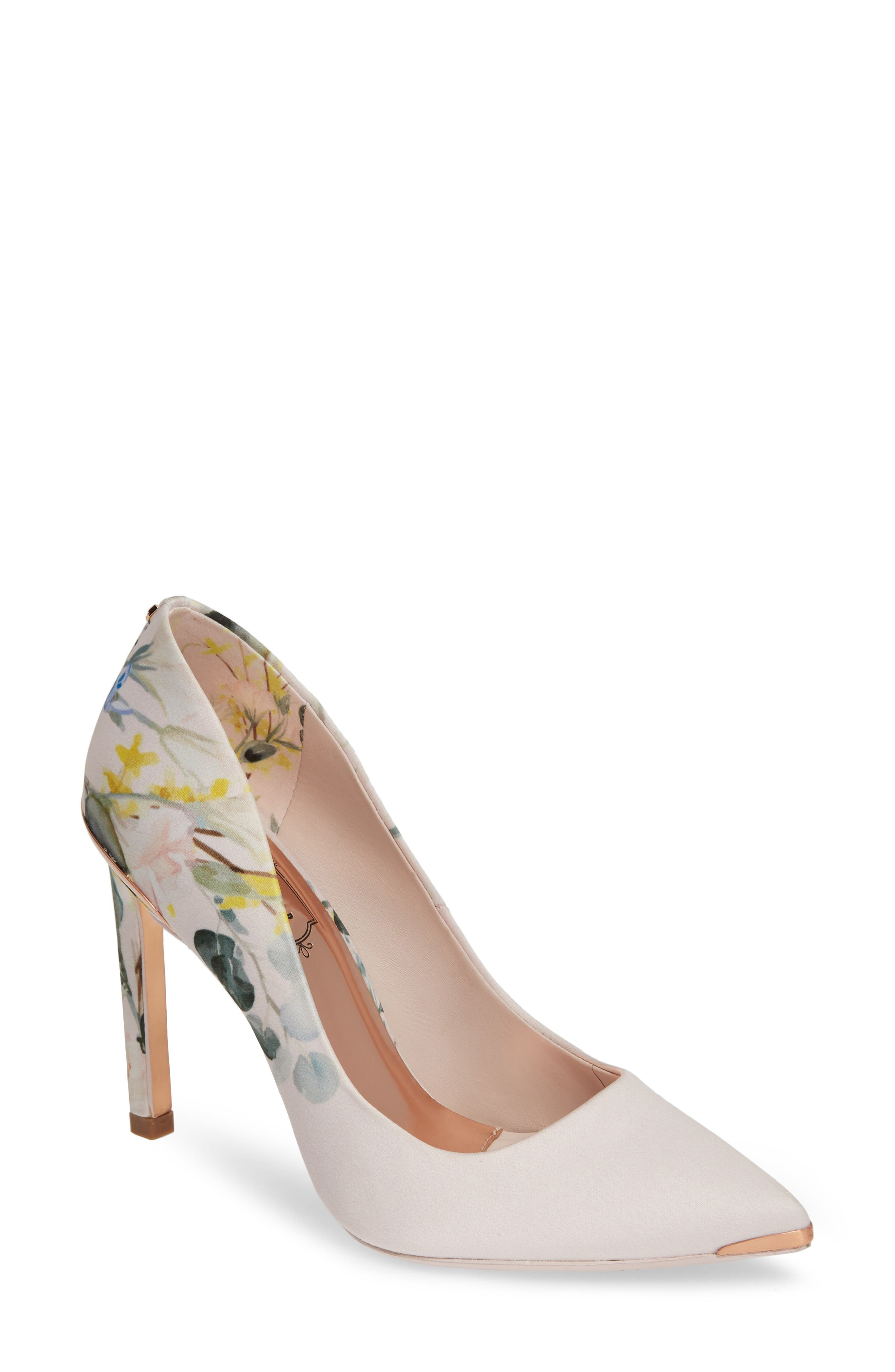 shoes for women 5 feet tall