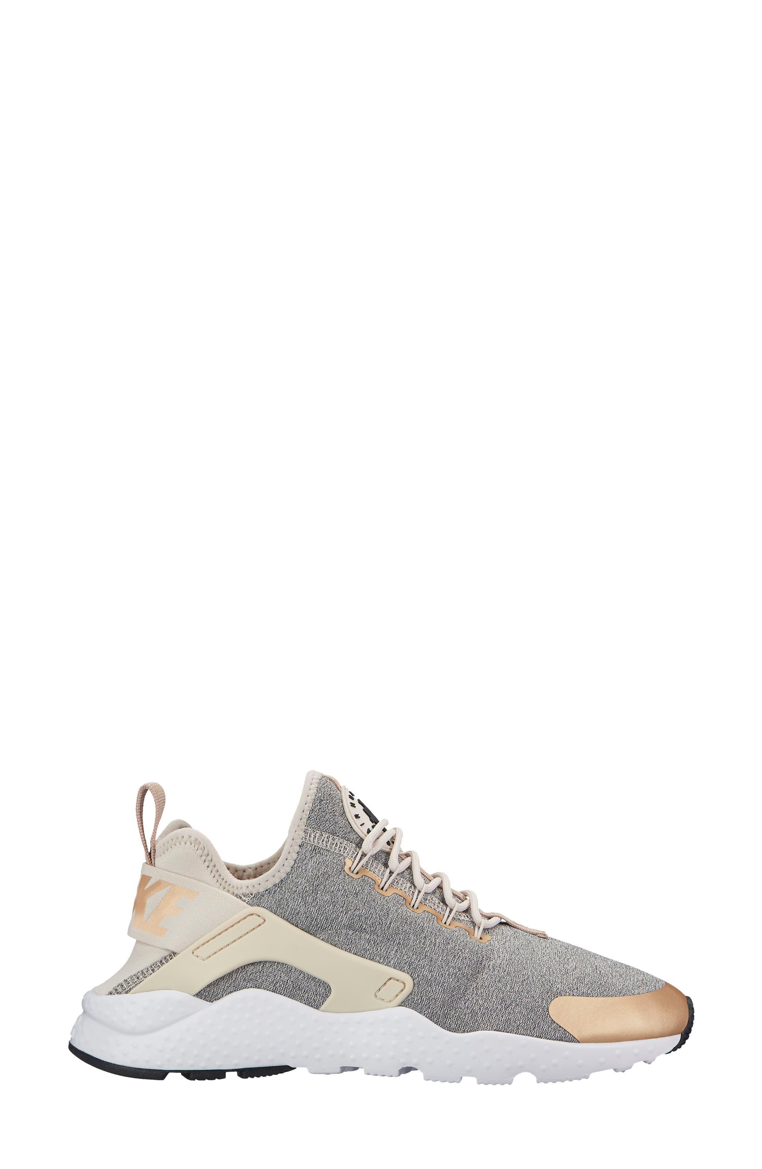 NIKE,                             'Air Huarache Run Ultra SE' Sneaker,                             Alternate thumbnail 7, color,                             285