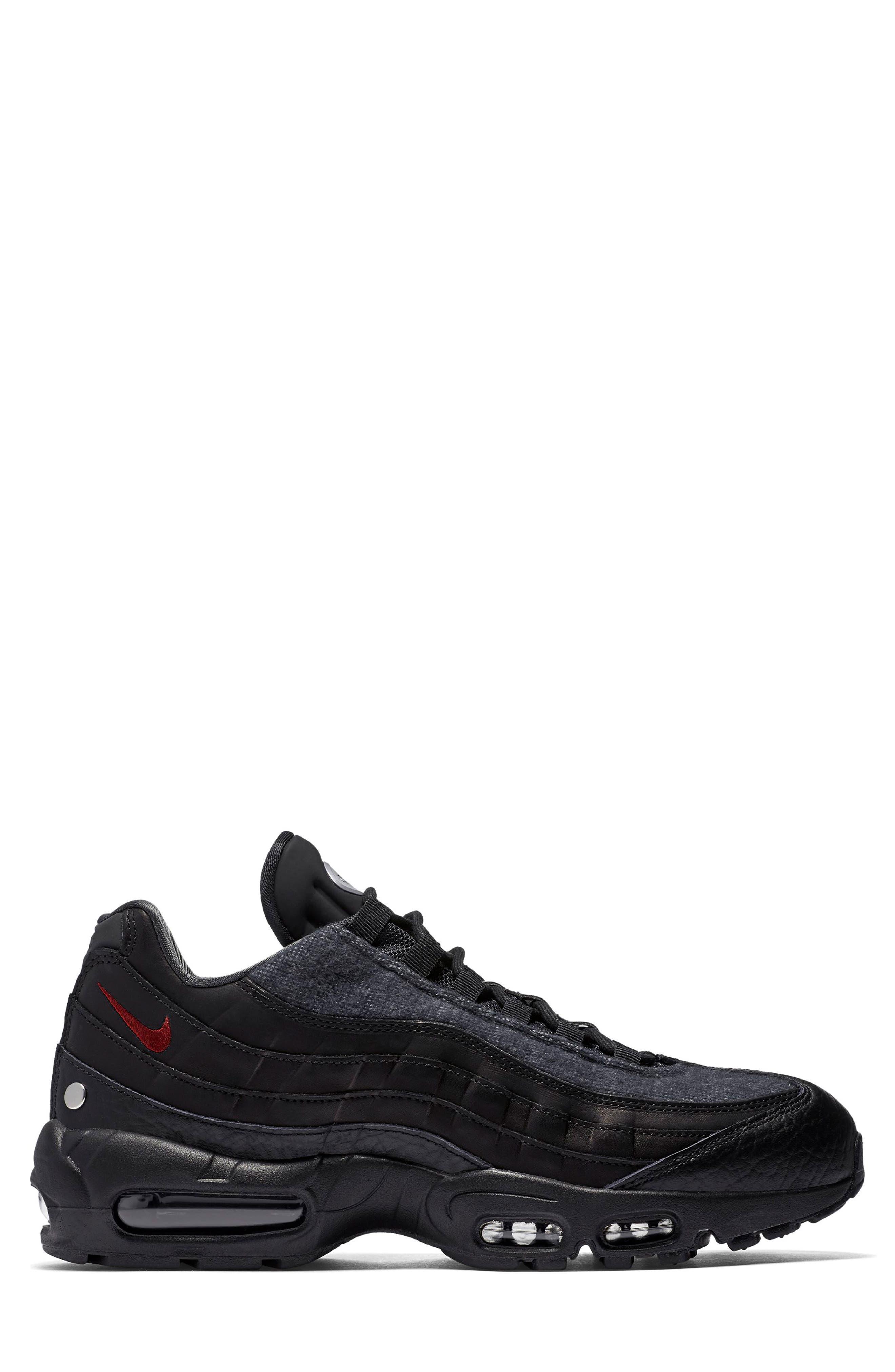 Air Max 95 NRG Sneaker,                             Alternate thumbnail 3, color,                             BLACK/ TEAM RED/ ANTHRACITE