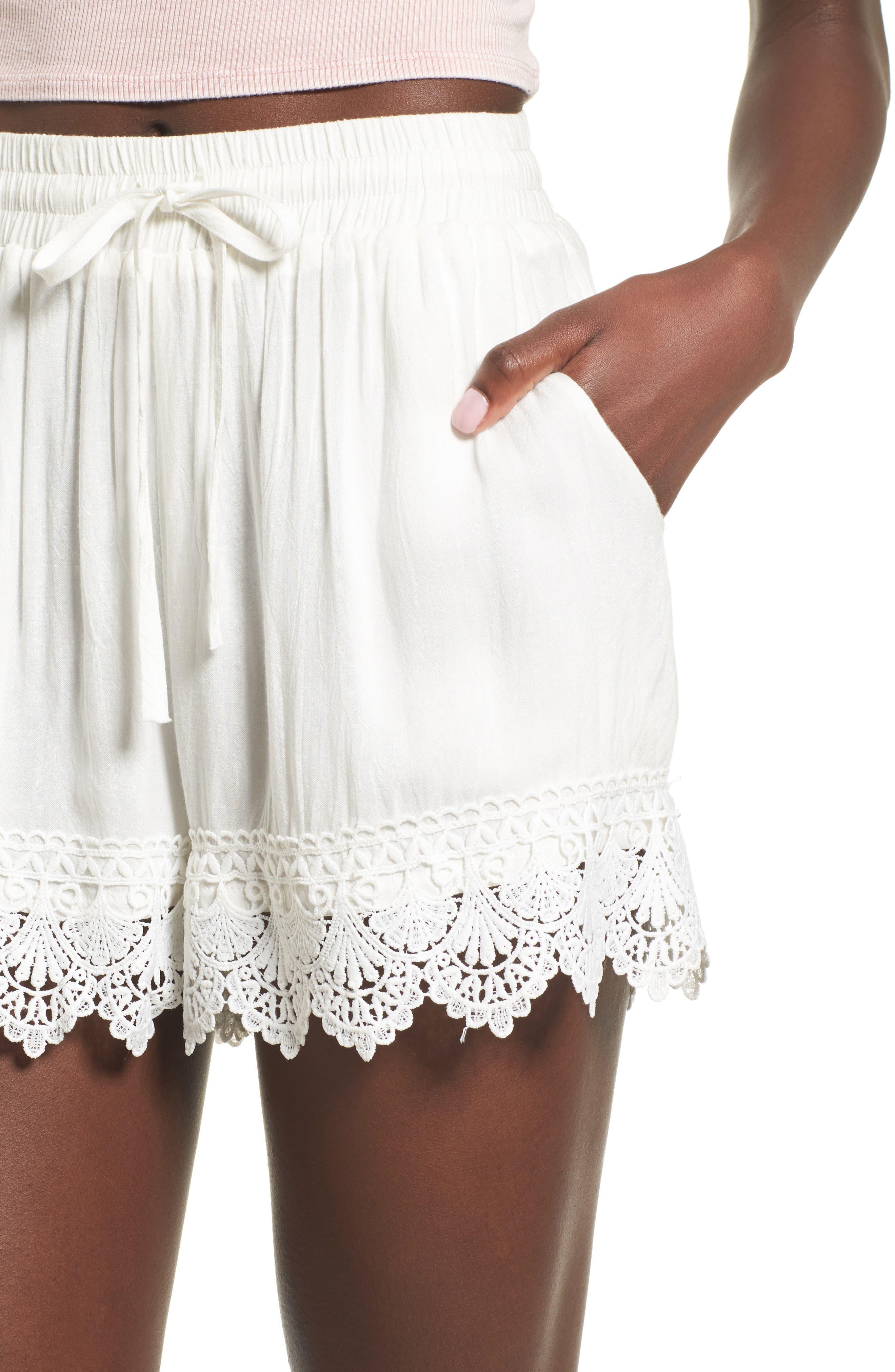 Lace Hem Shorts,                             Alternate thumbnail 4, color,                             100