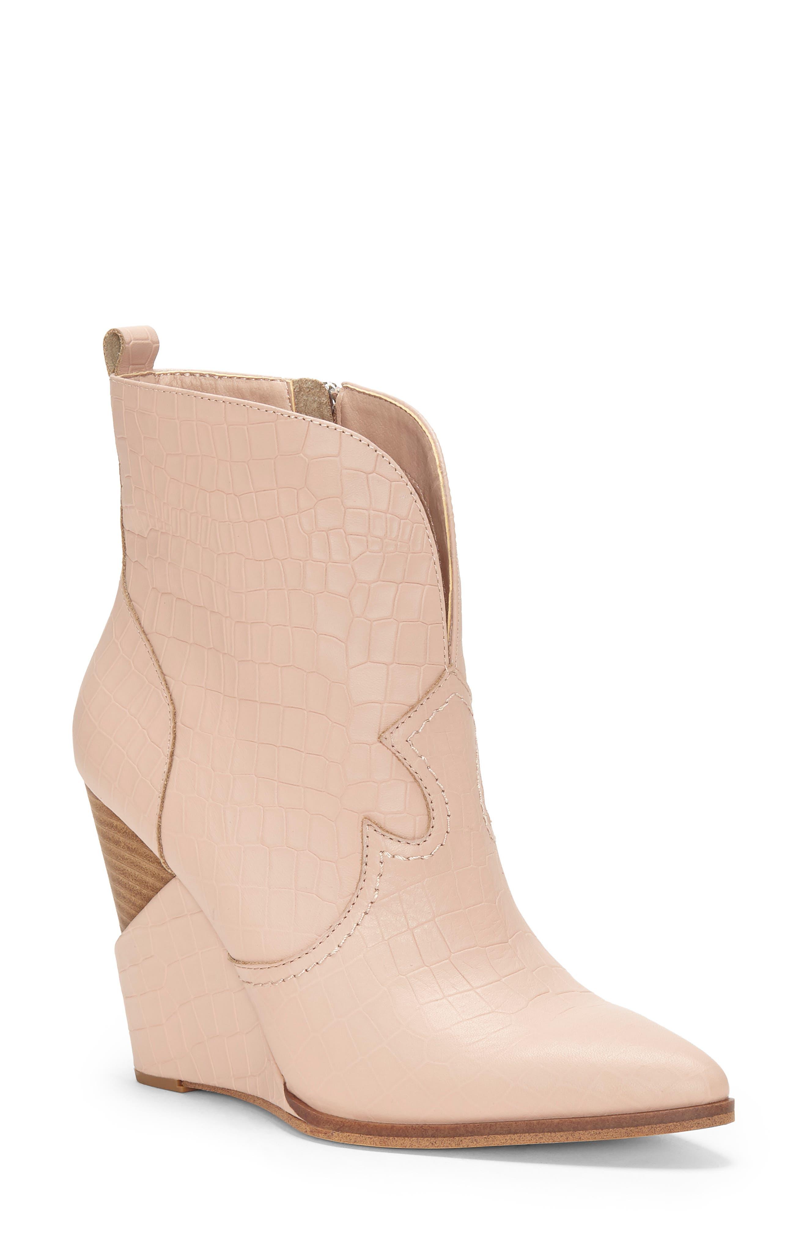 Jessica Simpson Hilrie Bootie, Pink