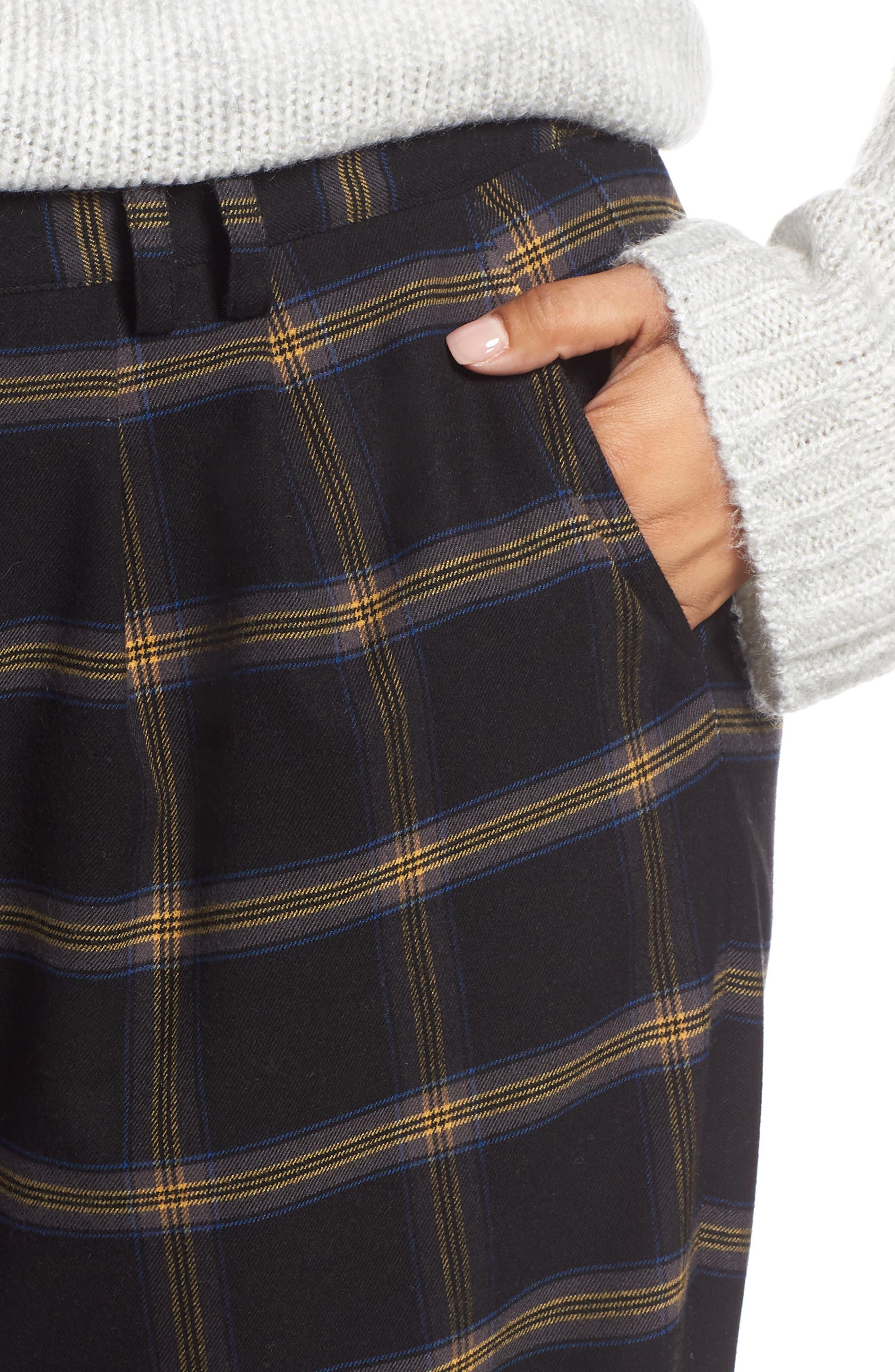 Plaid Menswear Crop Pants,                             Alternate thumbnail 4, color,                             BLACK SHANNON PLAID