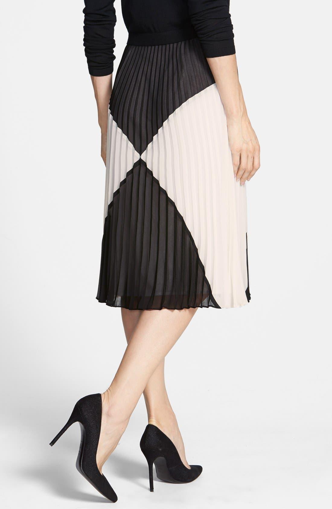 HALOGEN<SUP>®</SUP>,                             'Sunburst' Pleat Midi Skirt,                             Alternate thumbnail 3, color,                             001