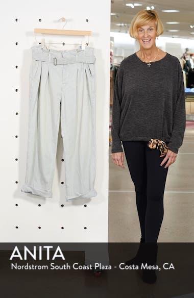 Paperbag Waist Jeans, sales video thumbnail