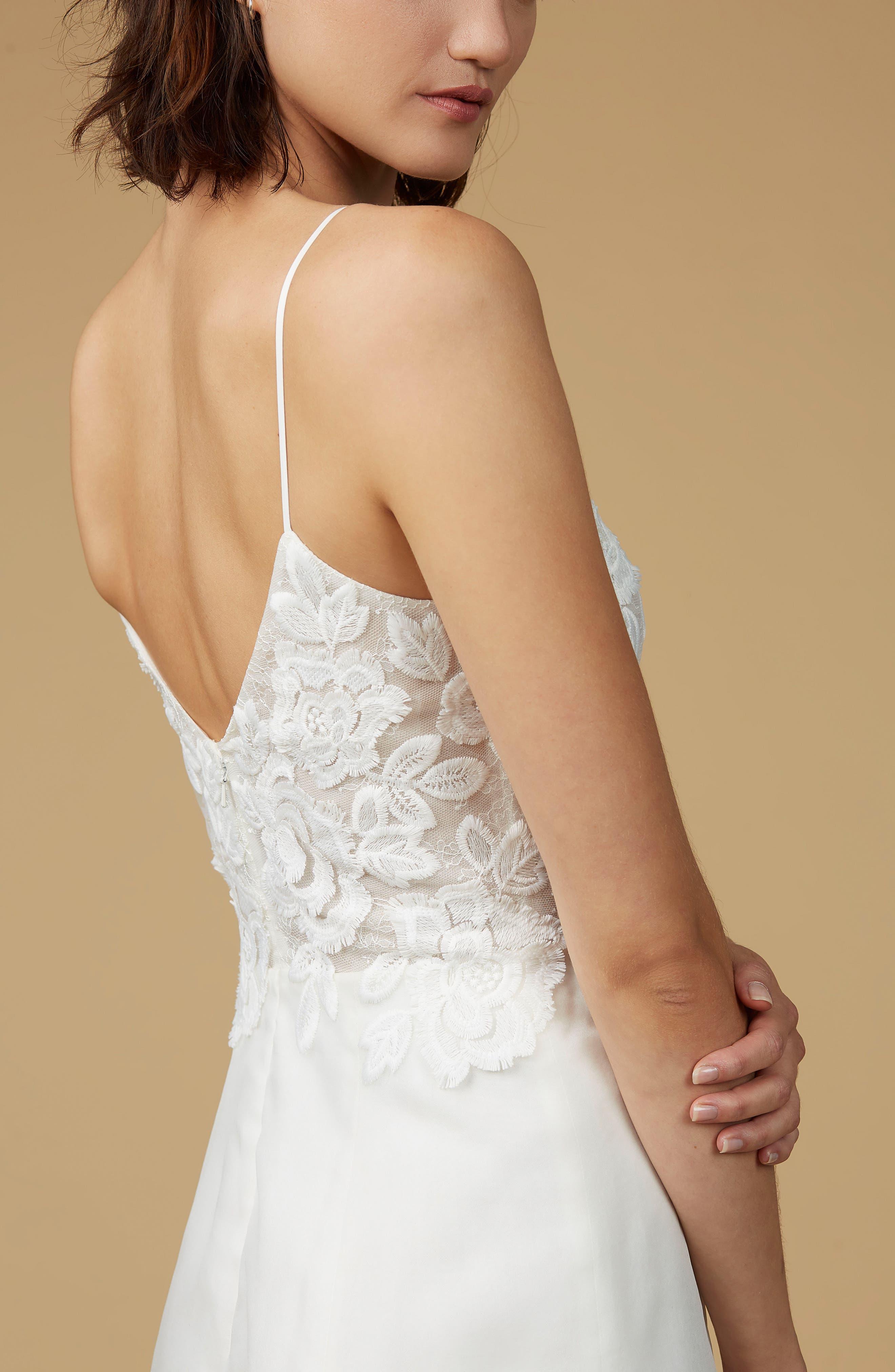 Viv Lace Appliqué Silk Organza A-Line Gown,                             Alternate thumbnail 4, color,                             900