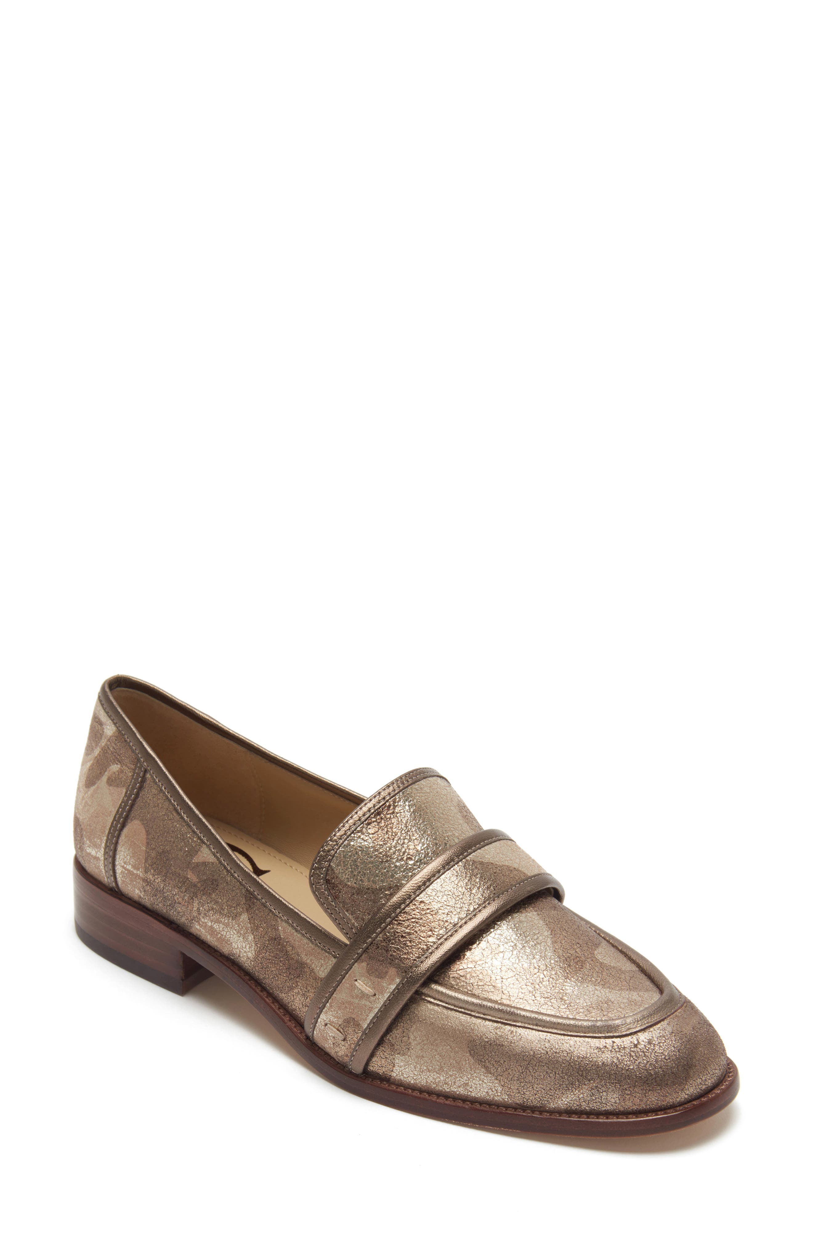 ETIENNE AIGNER Elle Loafer in Bronze Printed