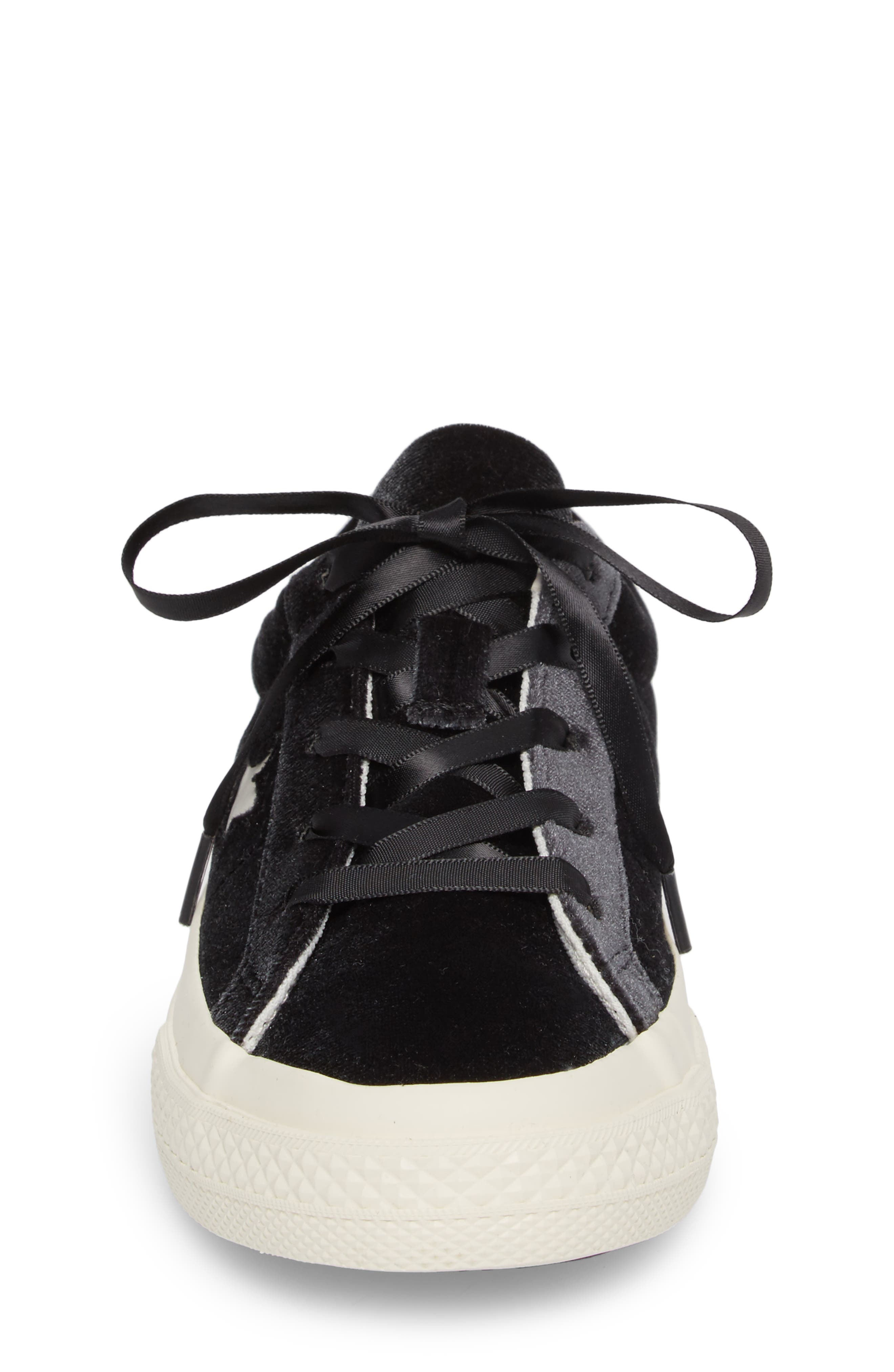 Chuck Taylor<sup>®</sup> All Star<sup>®</sup> One Star Velvet Platform Sneaker,                             Alternate thumbnail 4, color,                             001