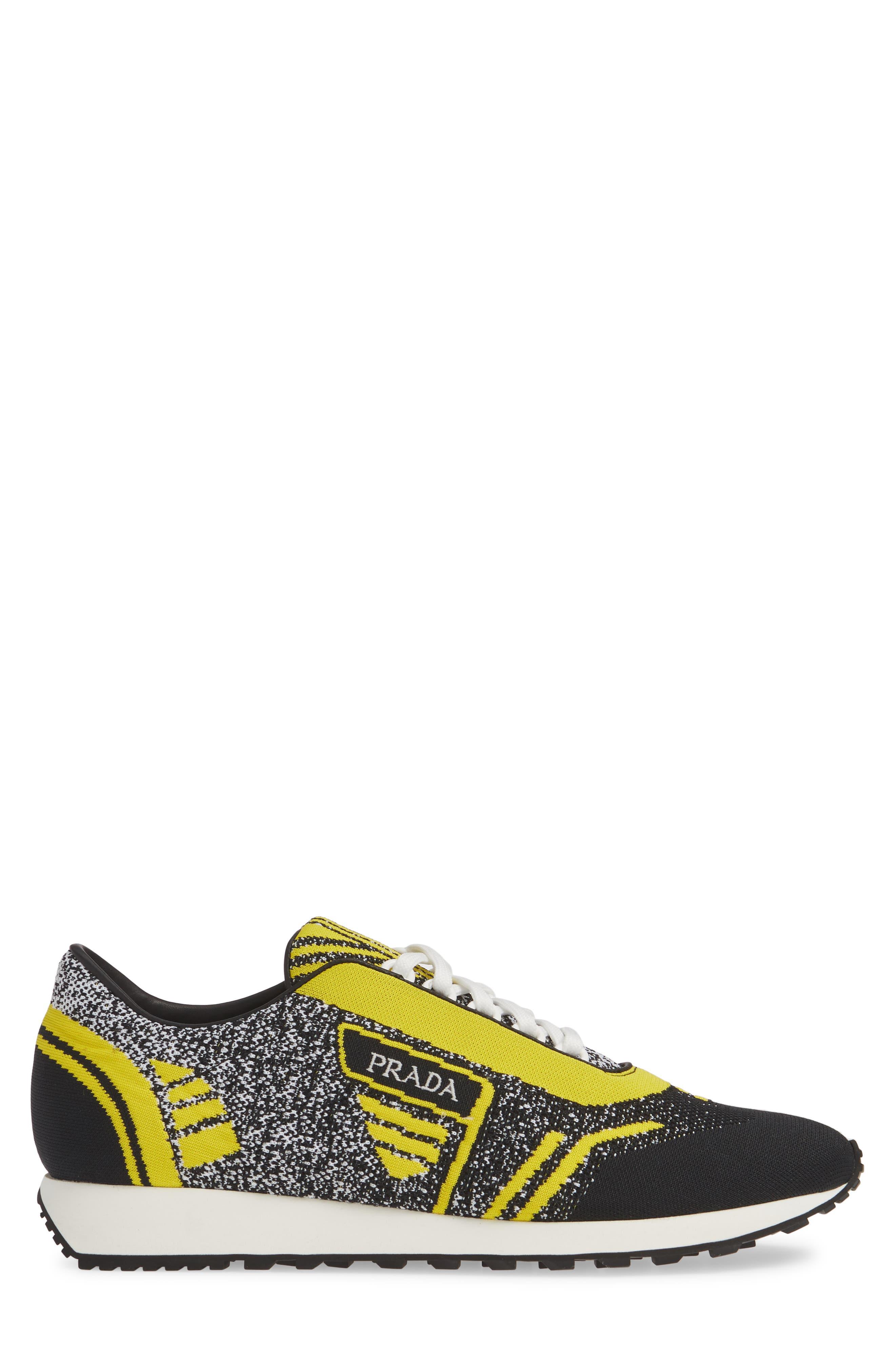 Retro Trainer Sneaker,                             Alternate thumbnail 3, color,                             NERO GIALLO